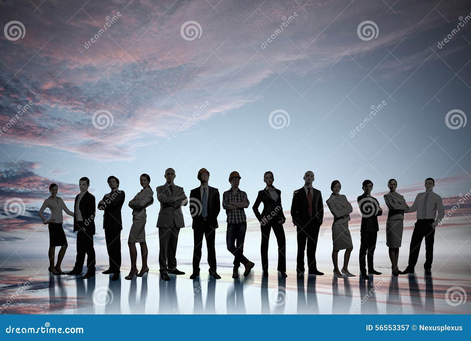 Download Είναι proffesionals στοκ εικόνα. εικόνα από ομάδα, επιχειρηματίας - 56553357