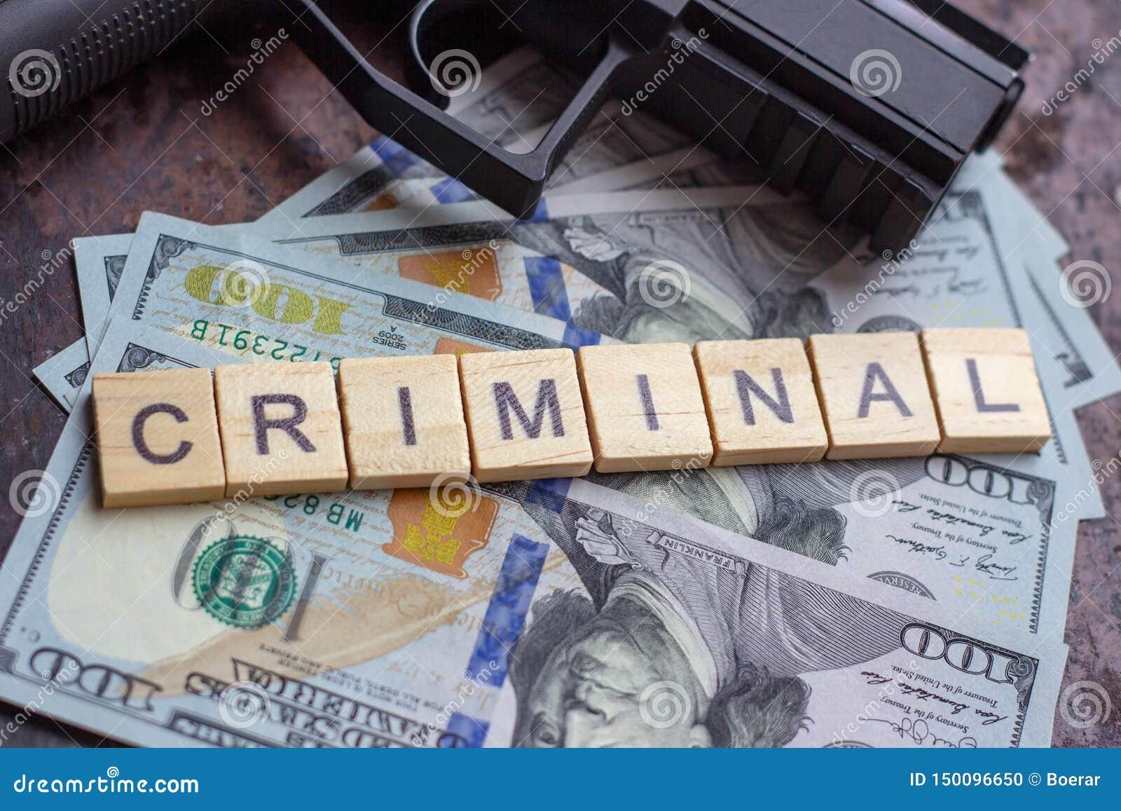 Εγκληματικό σημάδι στο υπόβαθρο αμερικανικών δολαρίων Μαύρη αγορά, δολοφονία συμβάσεων, μαφία και έννοια εγκλήματος