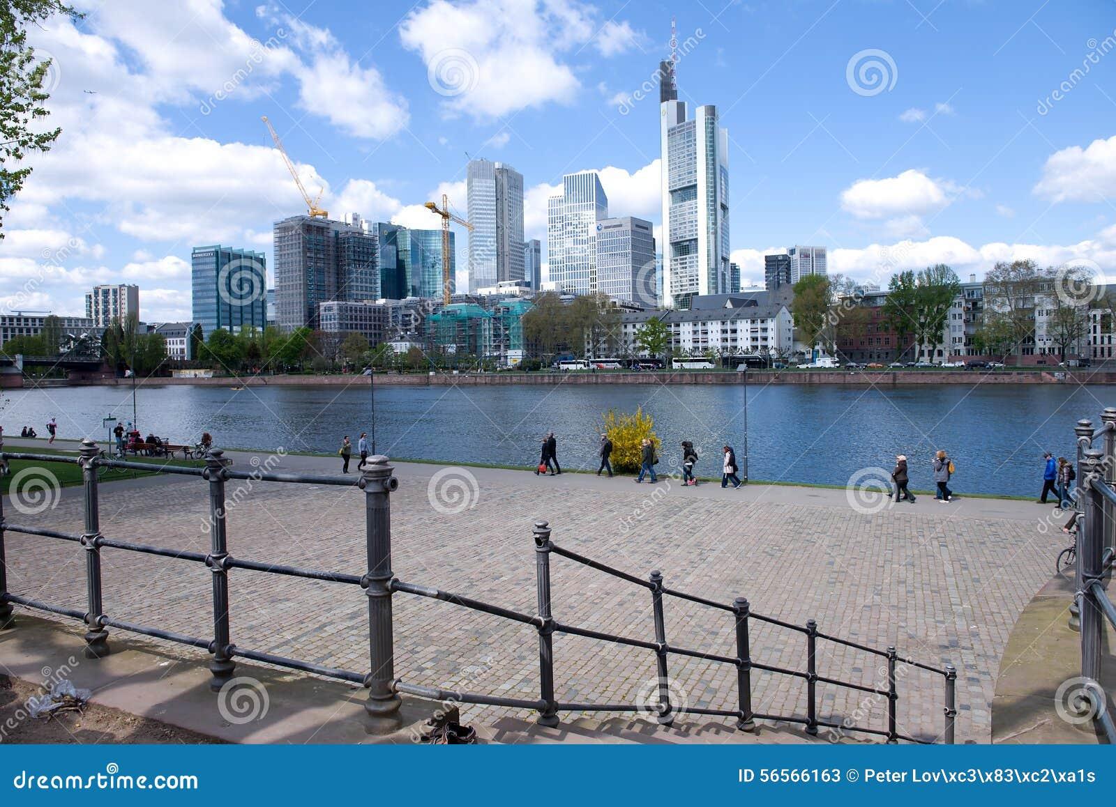 Download Εικονική παράσταση πόλης της Φρανκφούρτης AM Μαίην Εκδοτική Στοκ Εικόνες - εικόνα από βασικός, ημέρα: 56566163