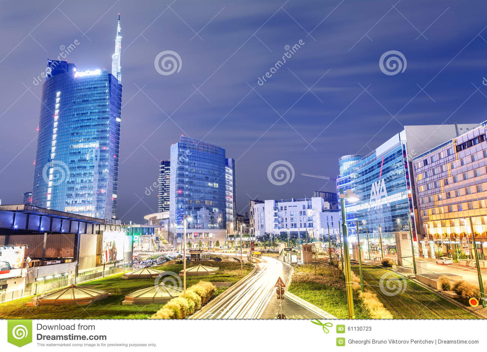 Εικονική παράσταση πόλης τη νύχτα, Μιλάνο, Ιταλία