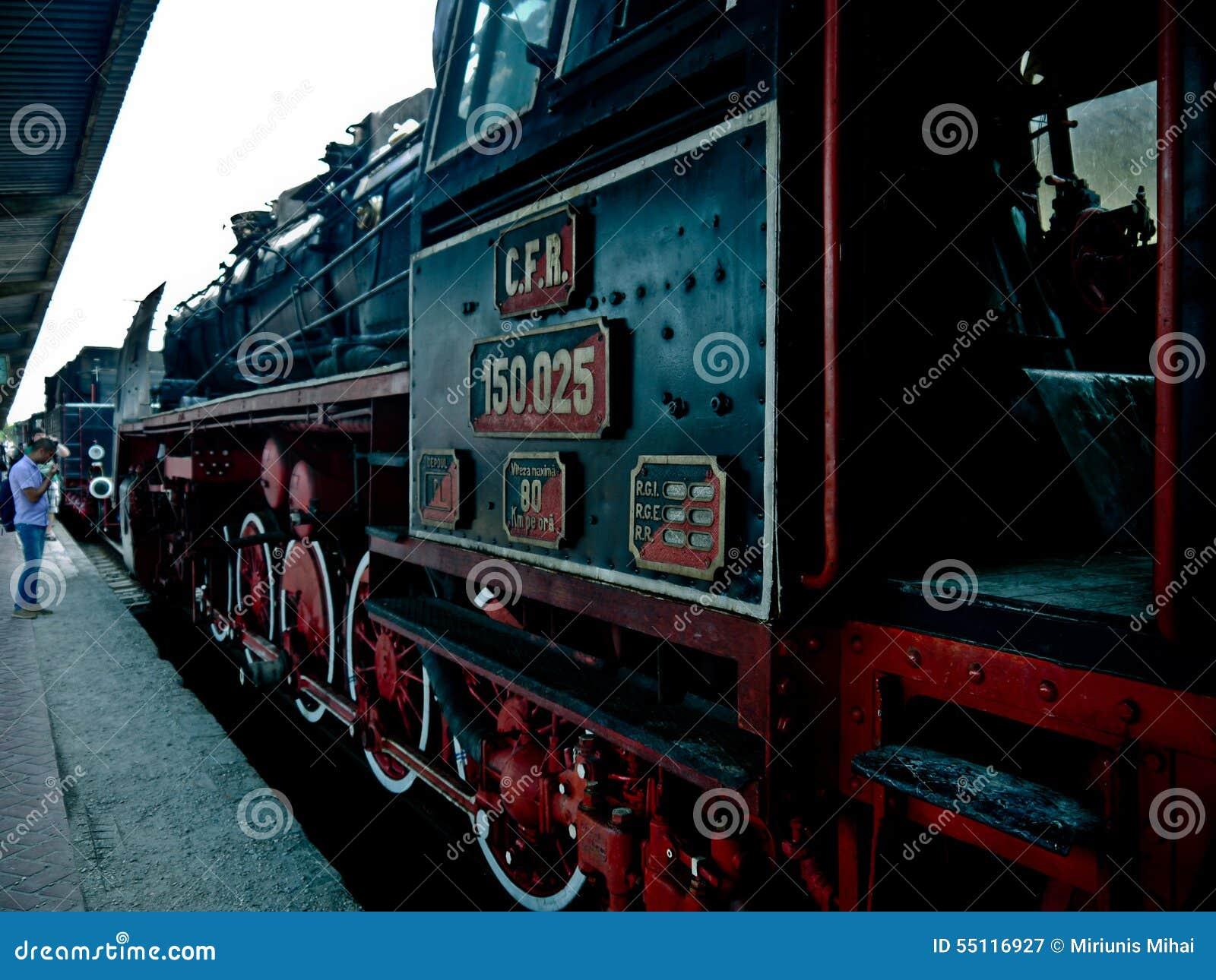 Ειρηνικός προορισμός Bucuresti Ρουμανία Ευρώπη μηχανών τραίνων για τα ταξίδια