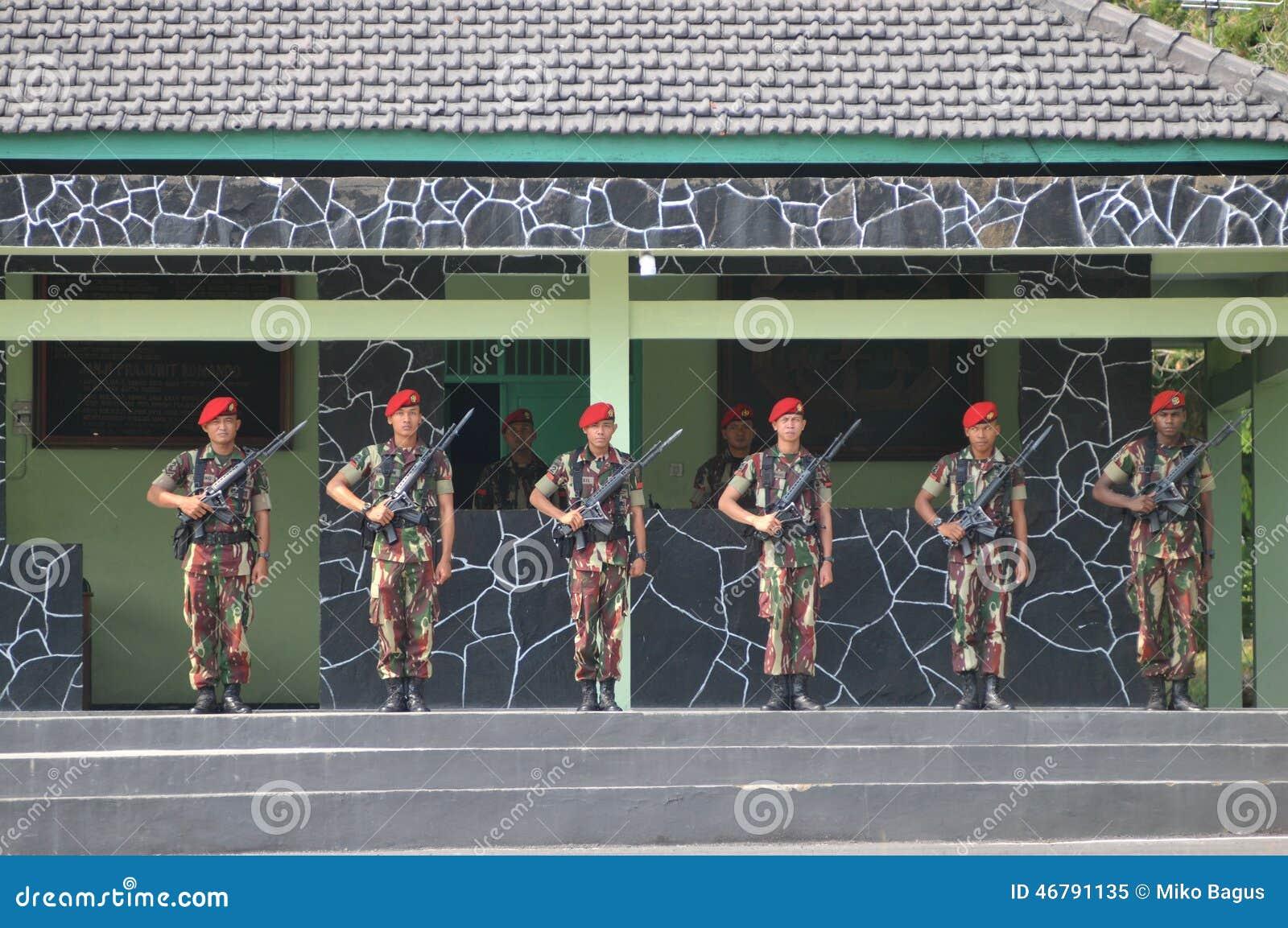 Ειδικές δυνάμεις (Kopassus) στρατιωτικές από την Ινδονησία