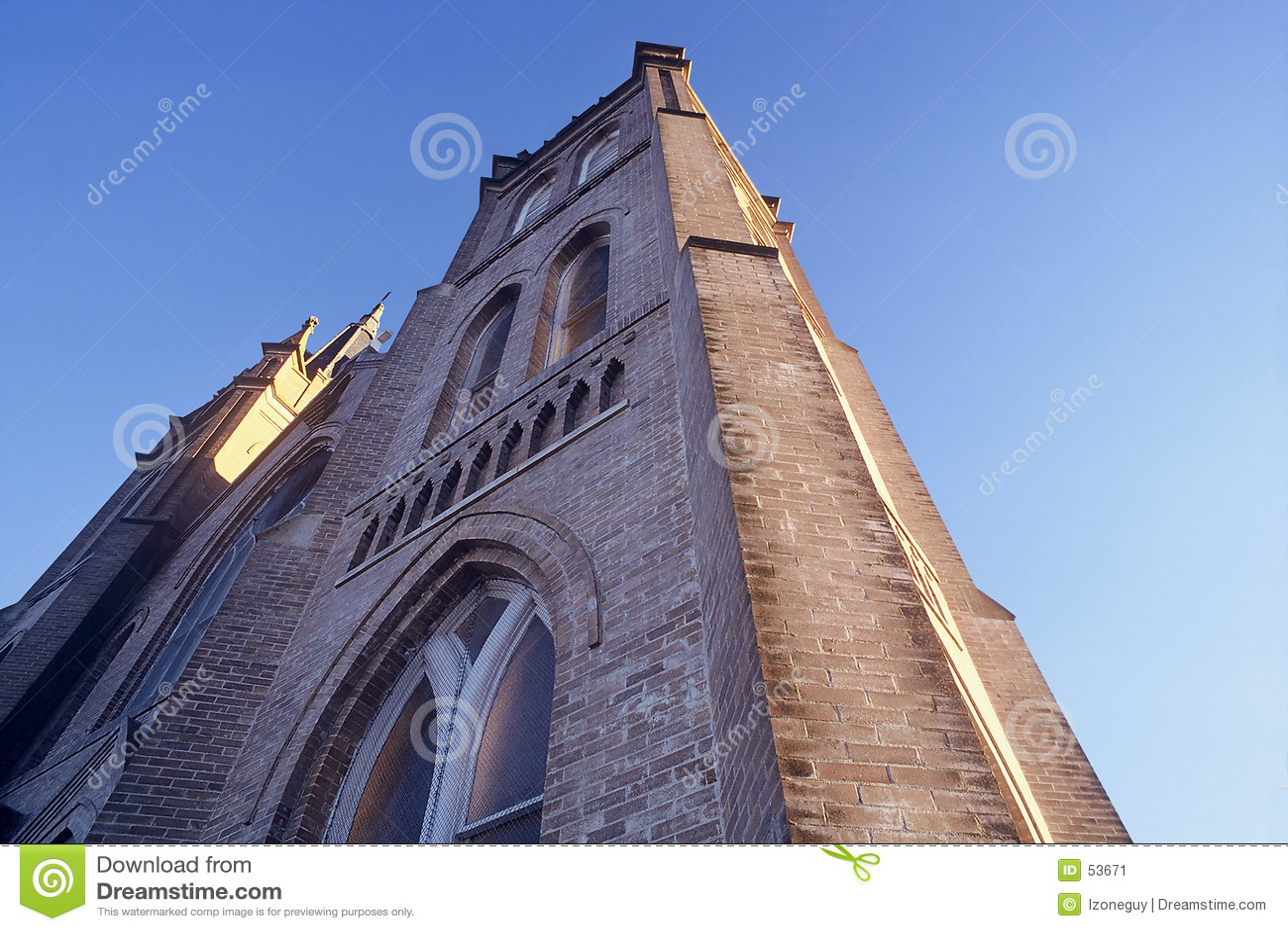 Download εκκλησία που φθάνει Skyward Στοκ Εικόνα - εικόνα από ουρανός, εκκλησία: 53671