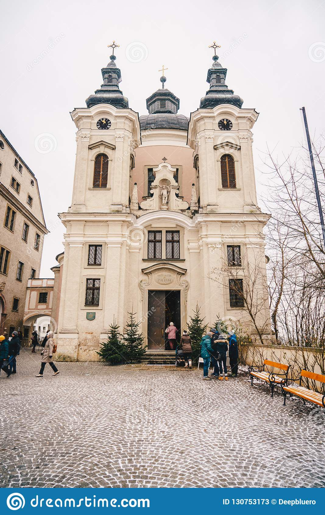 Εκκλησία Christkindl Cathloic Pfarramt σε Steyr Αυστρία κοντά στο Γ