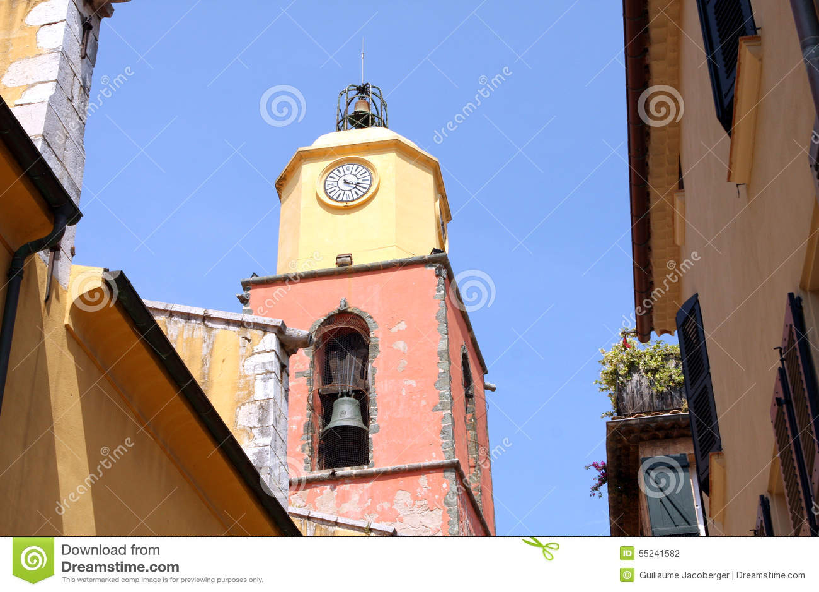 Εκκλησία Γαλλία πύργων κουδουνιών Άγιος-Tropez Provencal