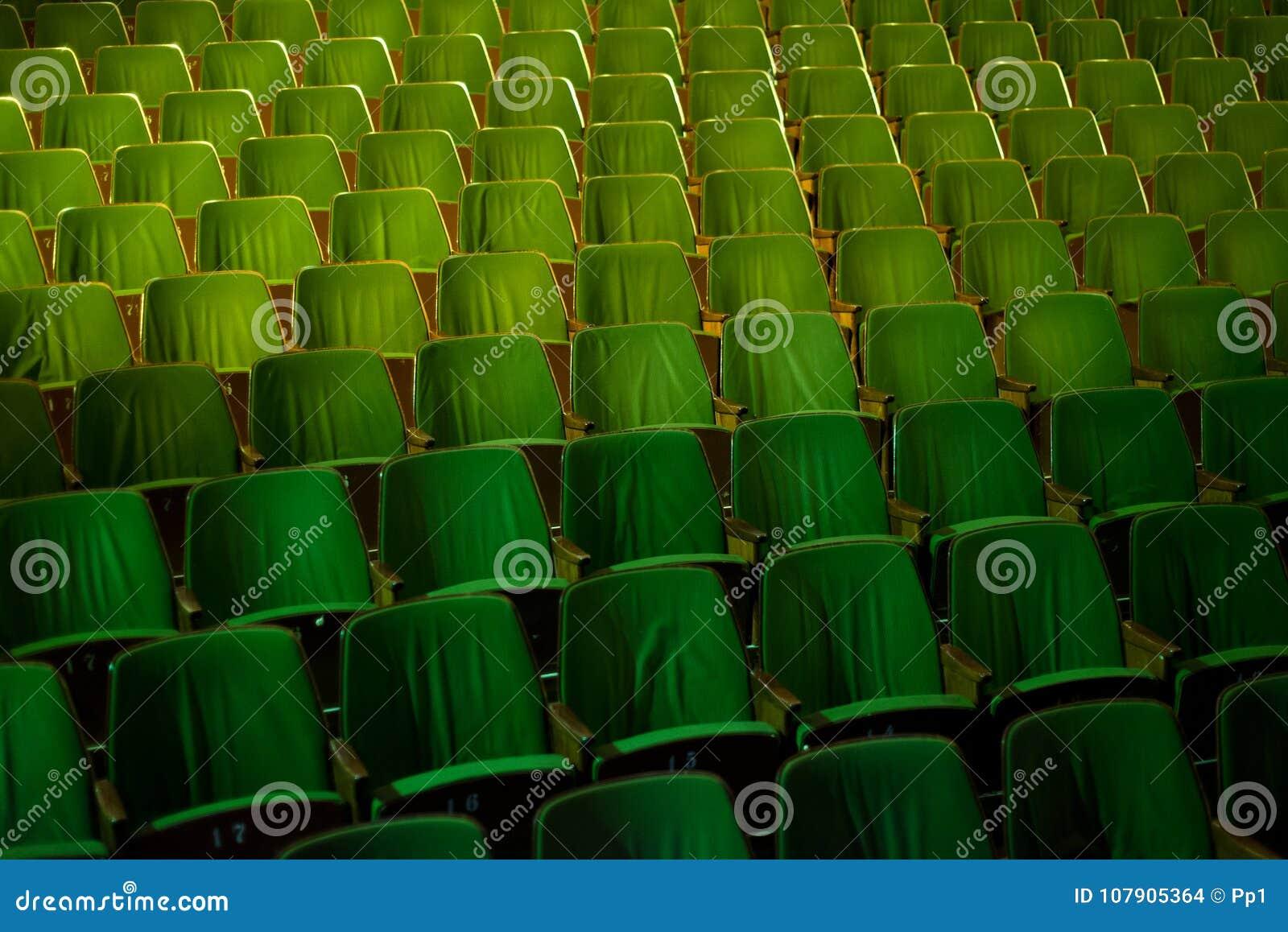 Εκλεκτής ποιότητας κινηματογράφων θεάτρων κινηματογράφων καθίσματα διατάξεων θέσεων ακροατηρίων αναδρομικά, η δεκαετία του  60 τη