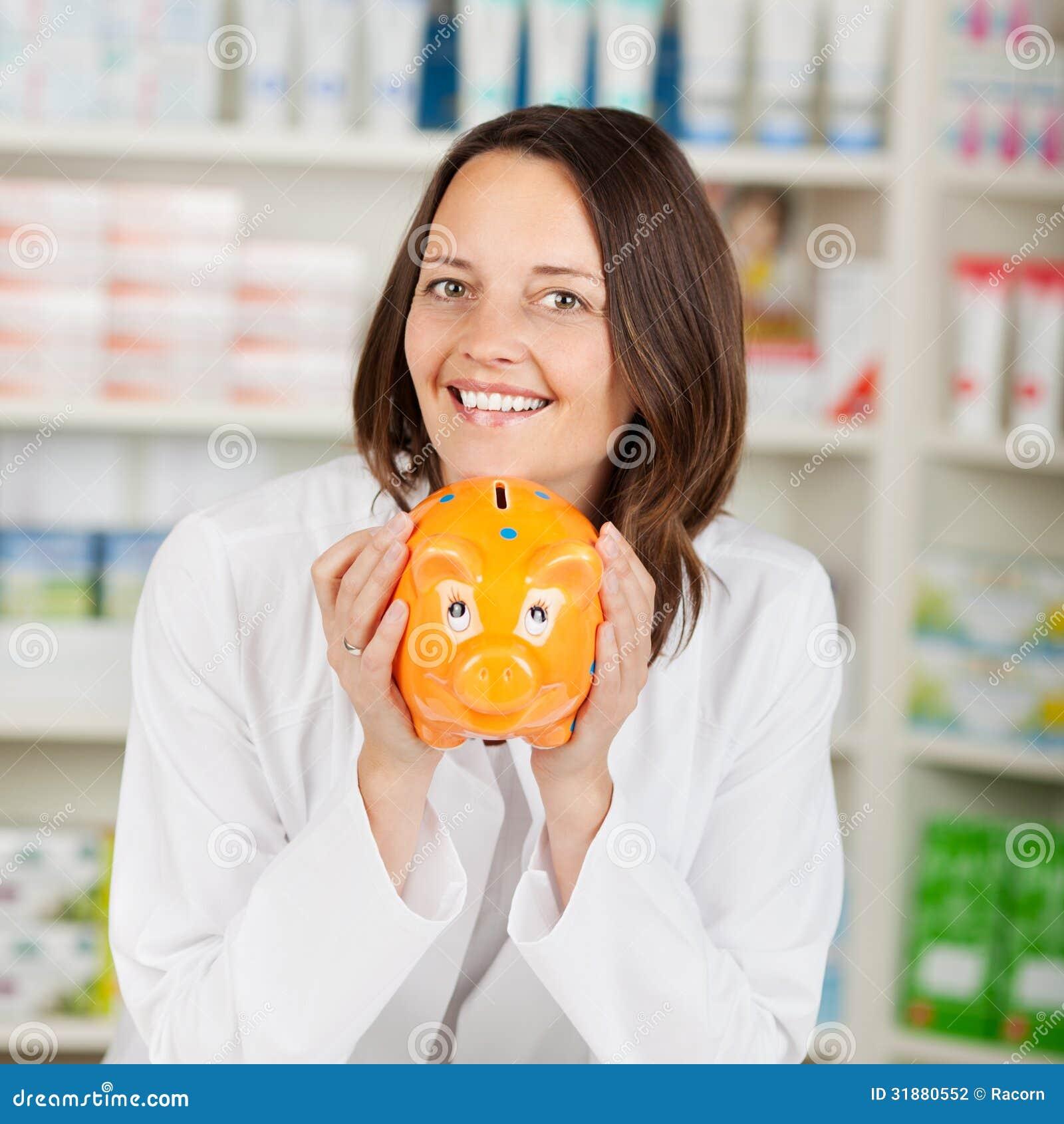 Εκμετάλλευση Piggybank φαρμακοποιών στο φαρμακείο