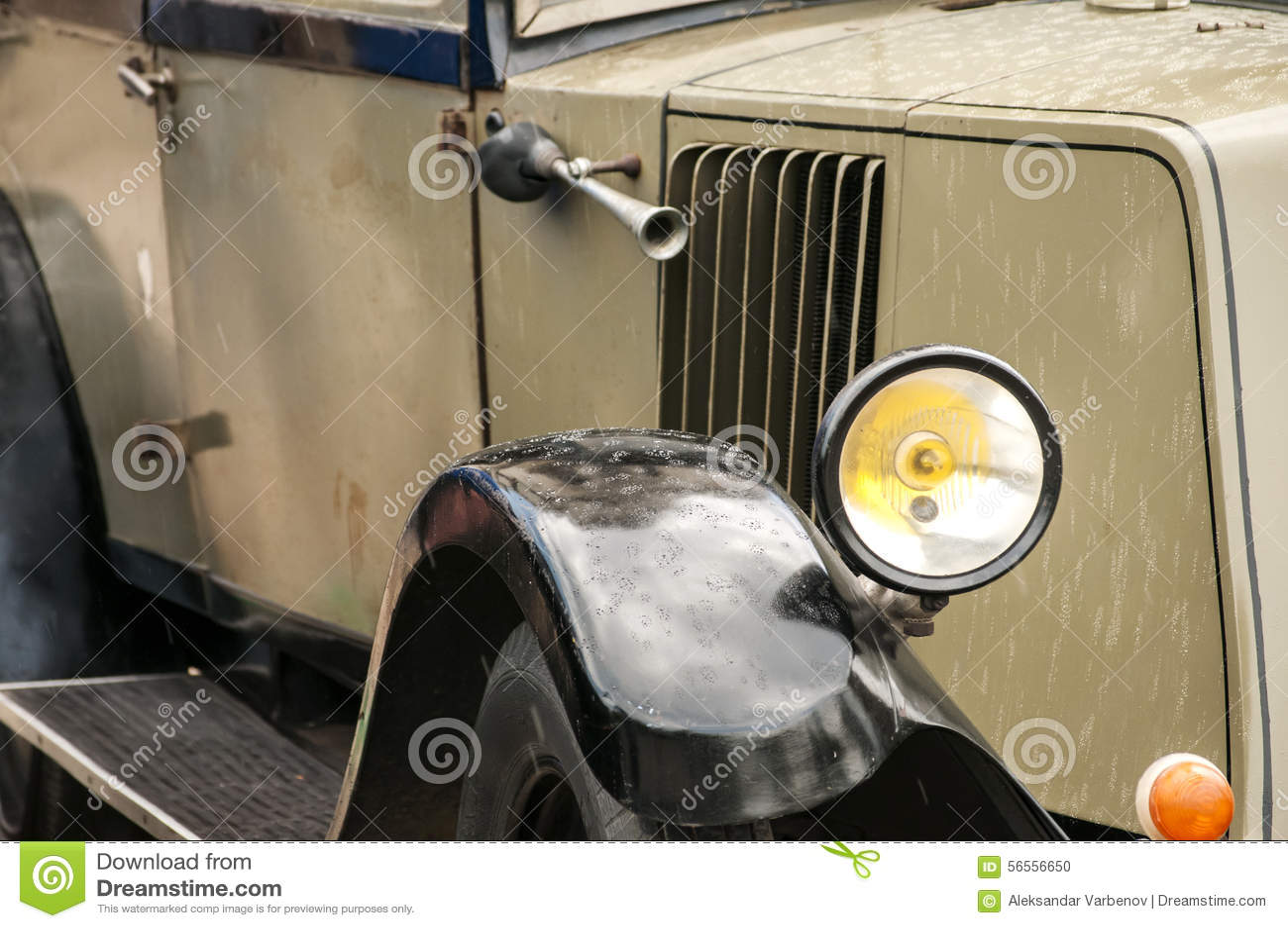 Download Εκλεκτής ποιότητας κινηματογράφηση σε πρώτο πλάνο αυτοκινήτων Στοκ Εικόνες - εικόνα από κλασικός, προφυλακτήρας: 56556650
