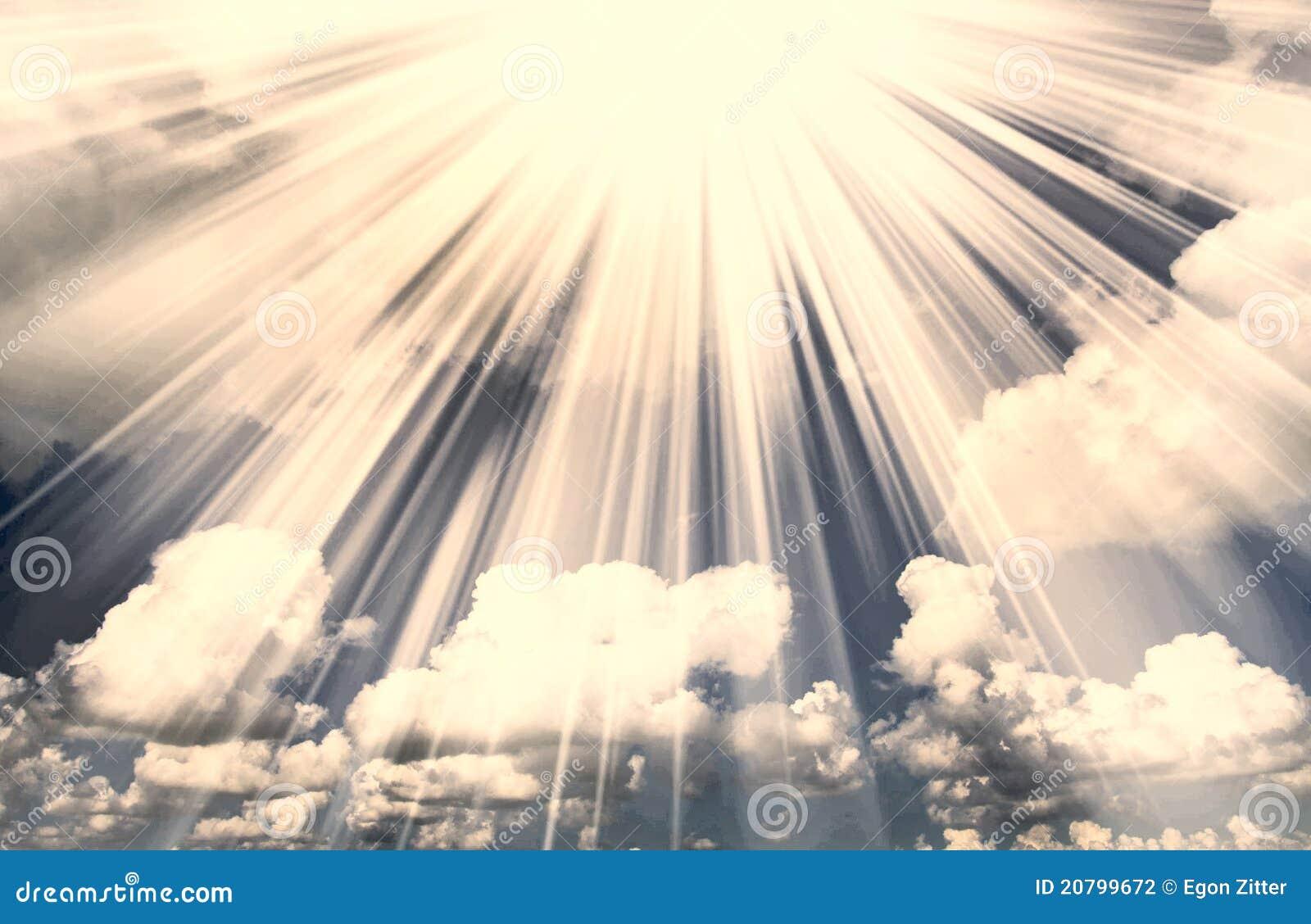 ελαφρύς ήλιος σύννεφων