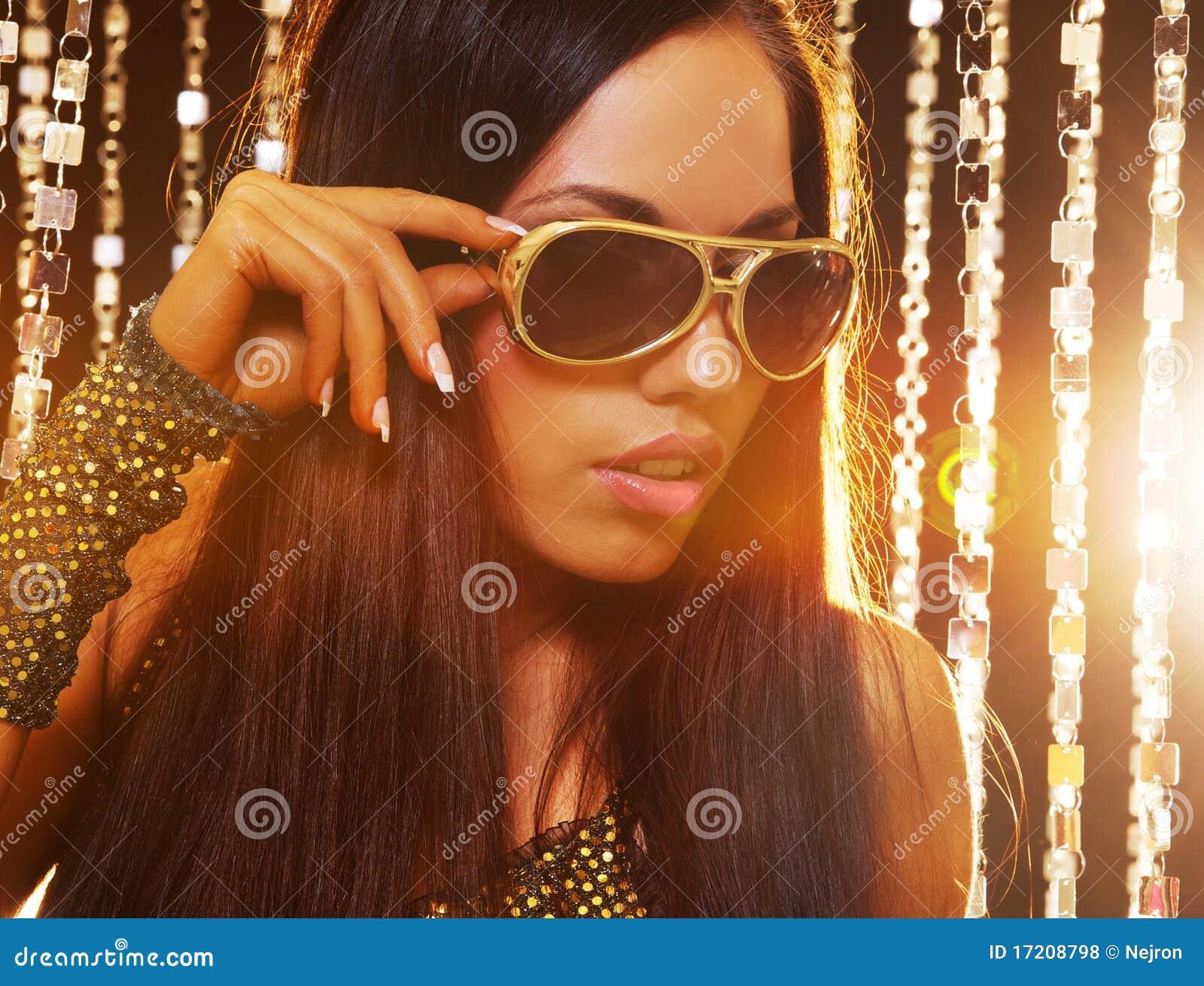ελκυστική γυναίκα λεσ&ch