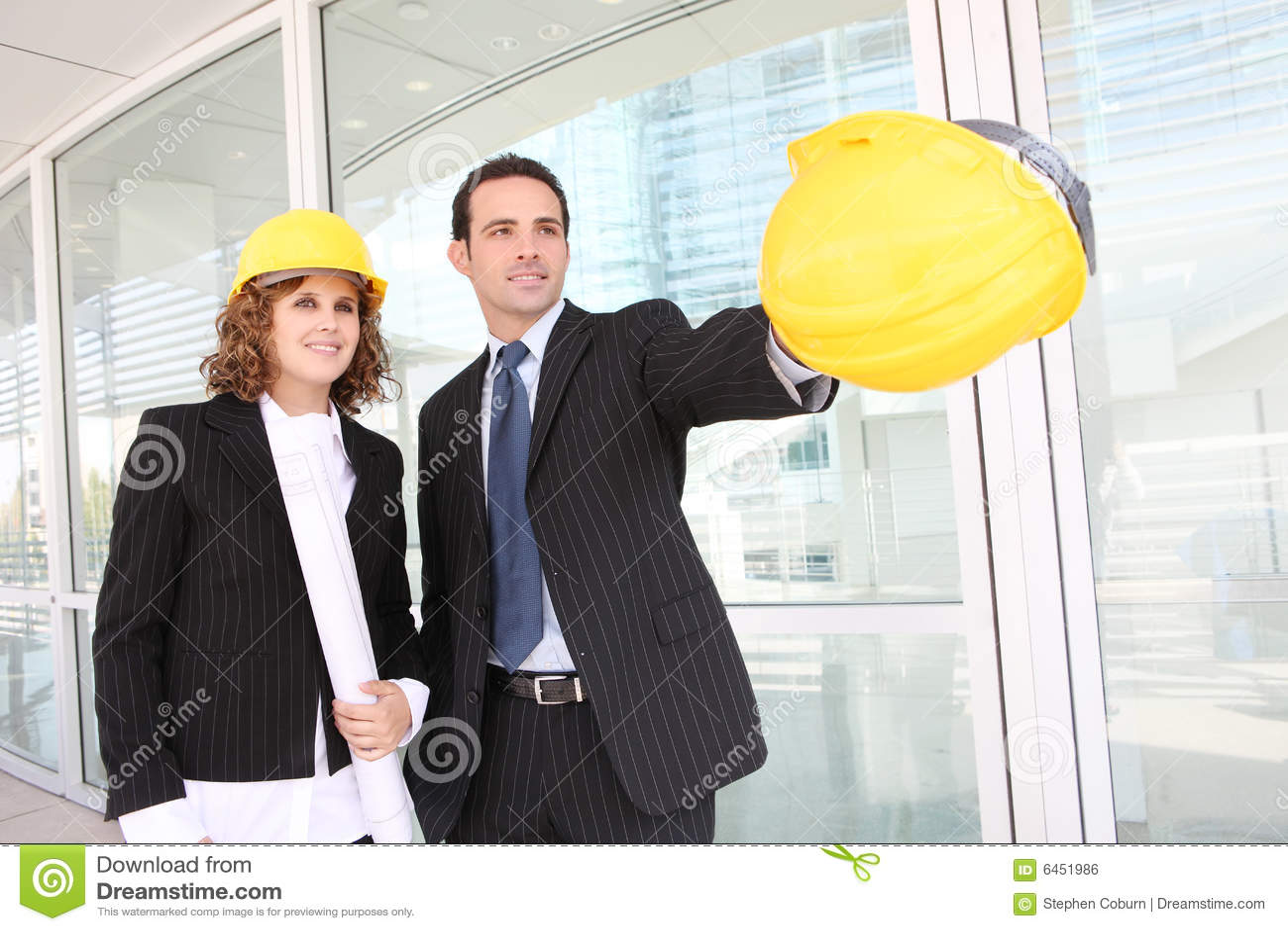 ελκυστικό εργοτάξιο οικοδομής αρχιτεκτόνων