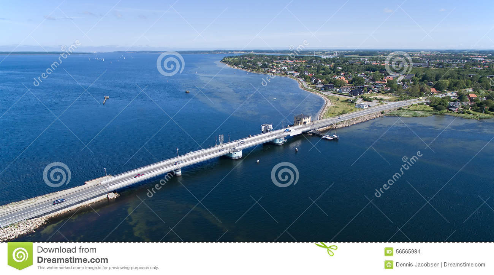 Download Εναέρια άποψη της γέφυρας Kronprins Frederiks, Δανία Στοκ Εικόνες - εικόνα από μεταφορά, ωκεανός: 56565984