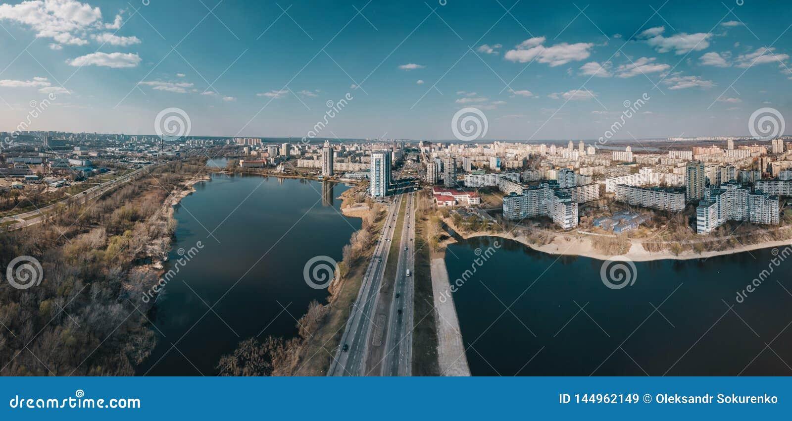 Εναέρια άποψη της περιοχής Obolon, Kyiv, Ουκρανία
