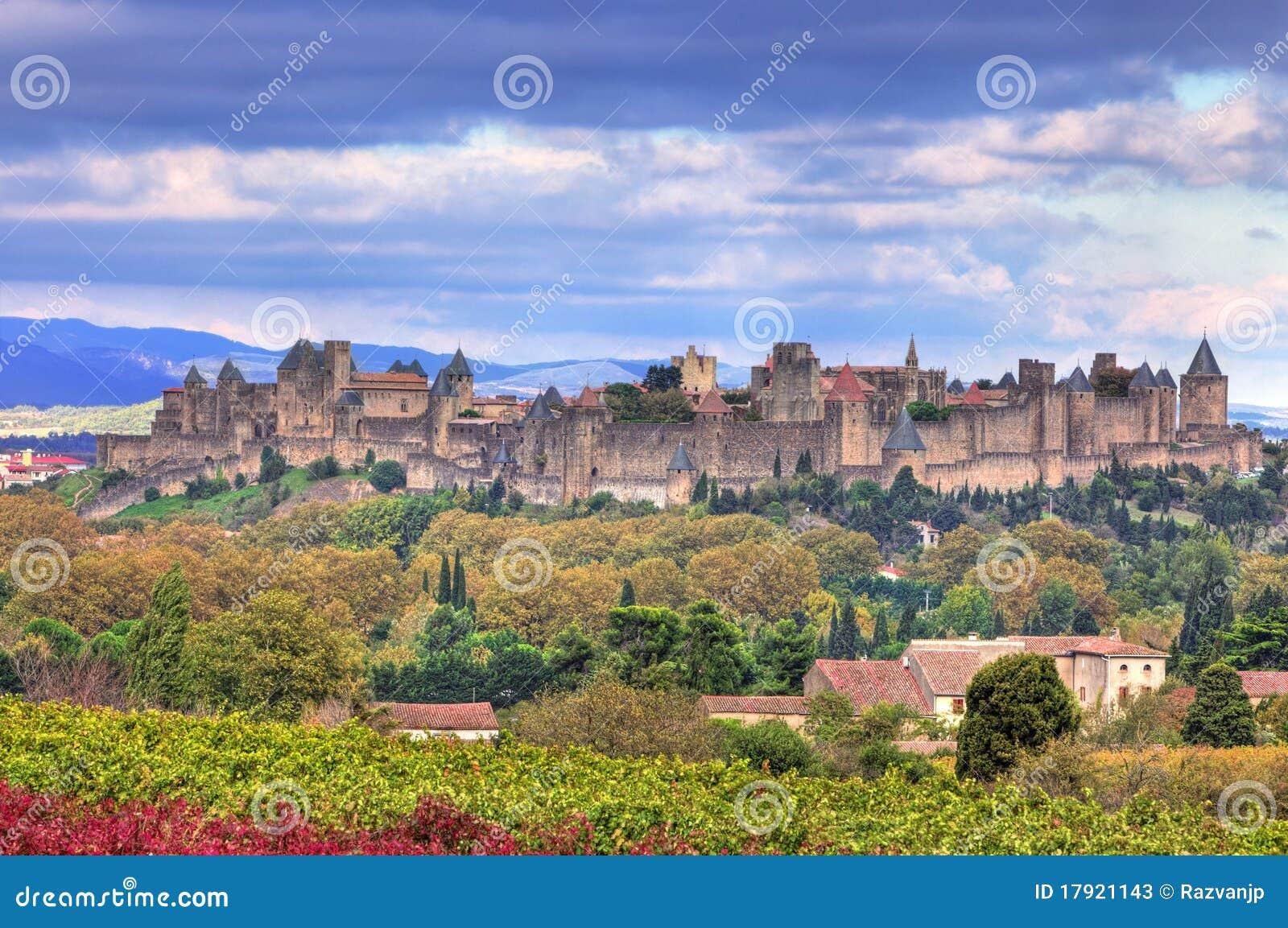 ενισχυμένη το Carcassonne πόλη