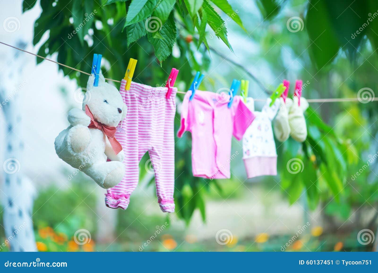 Ενδύματα μωρών
