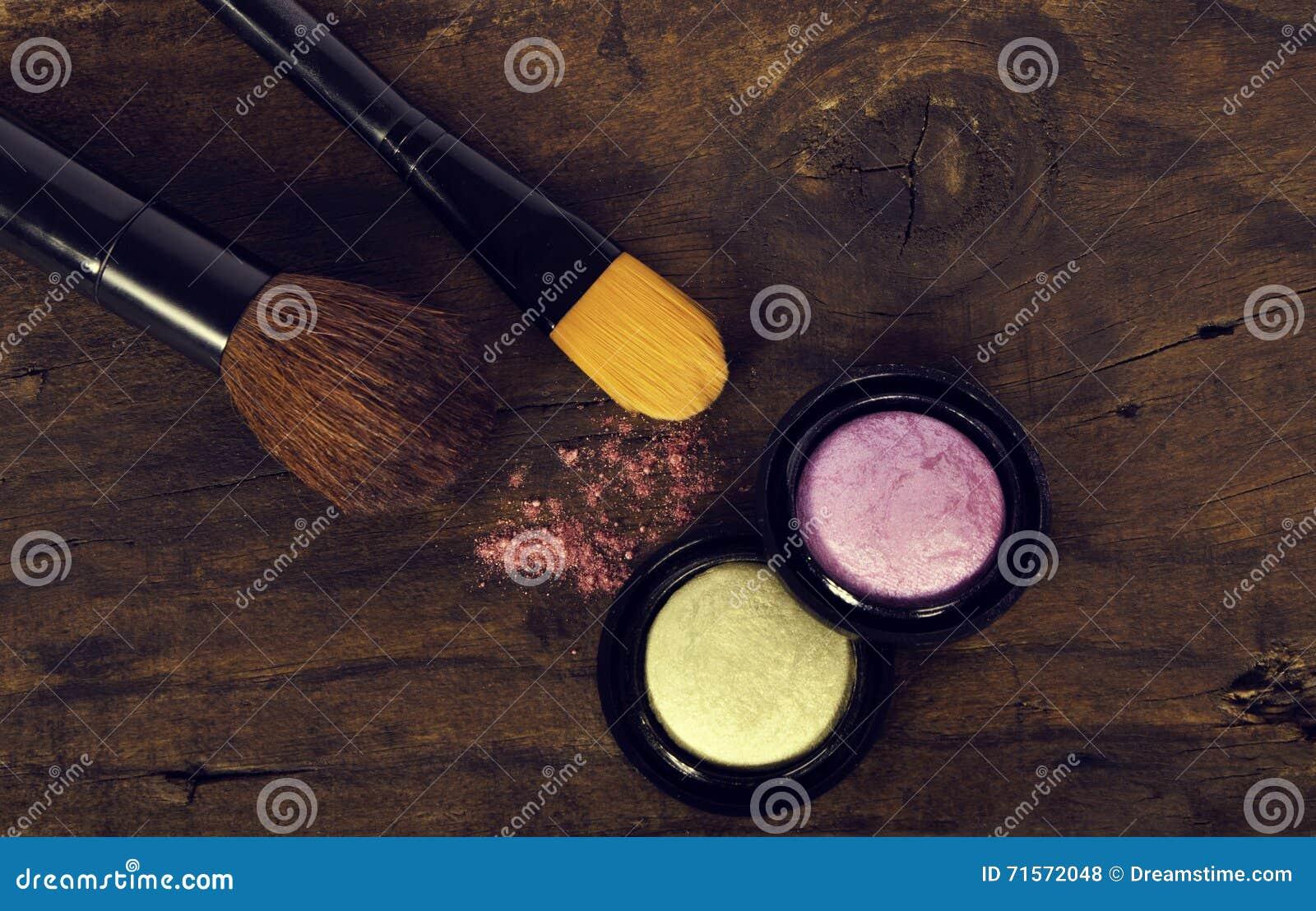 Εξαρτήματα Makeup