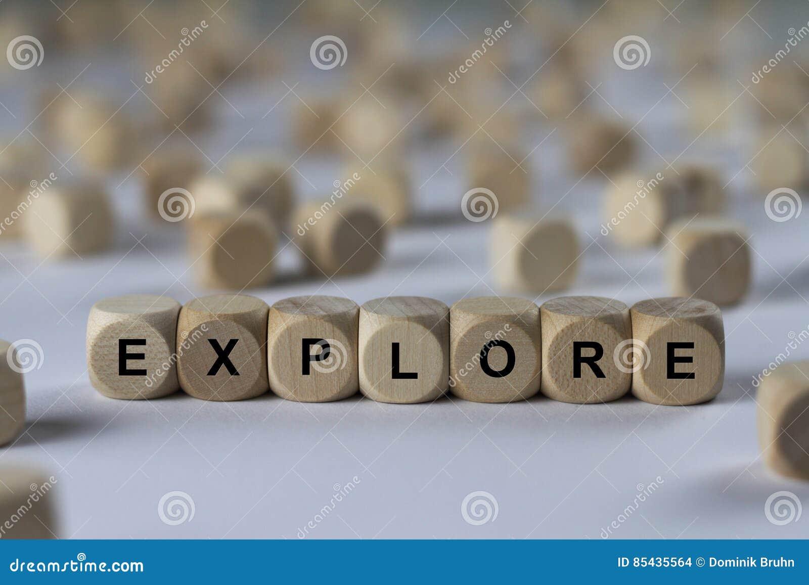 Εξερευνήστε - κύβος με τις επιστολές, σημάδι με τους ξύλινους κύβους