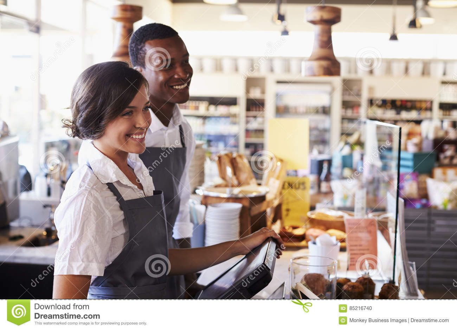 Εξυπηρετώντας πελάτες προσωπικού στον έλεγχο λιχουδιών