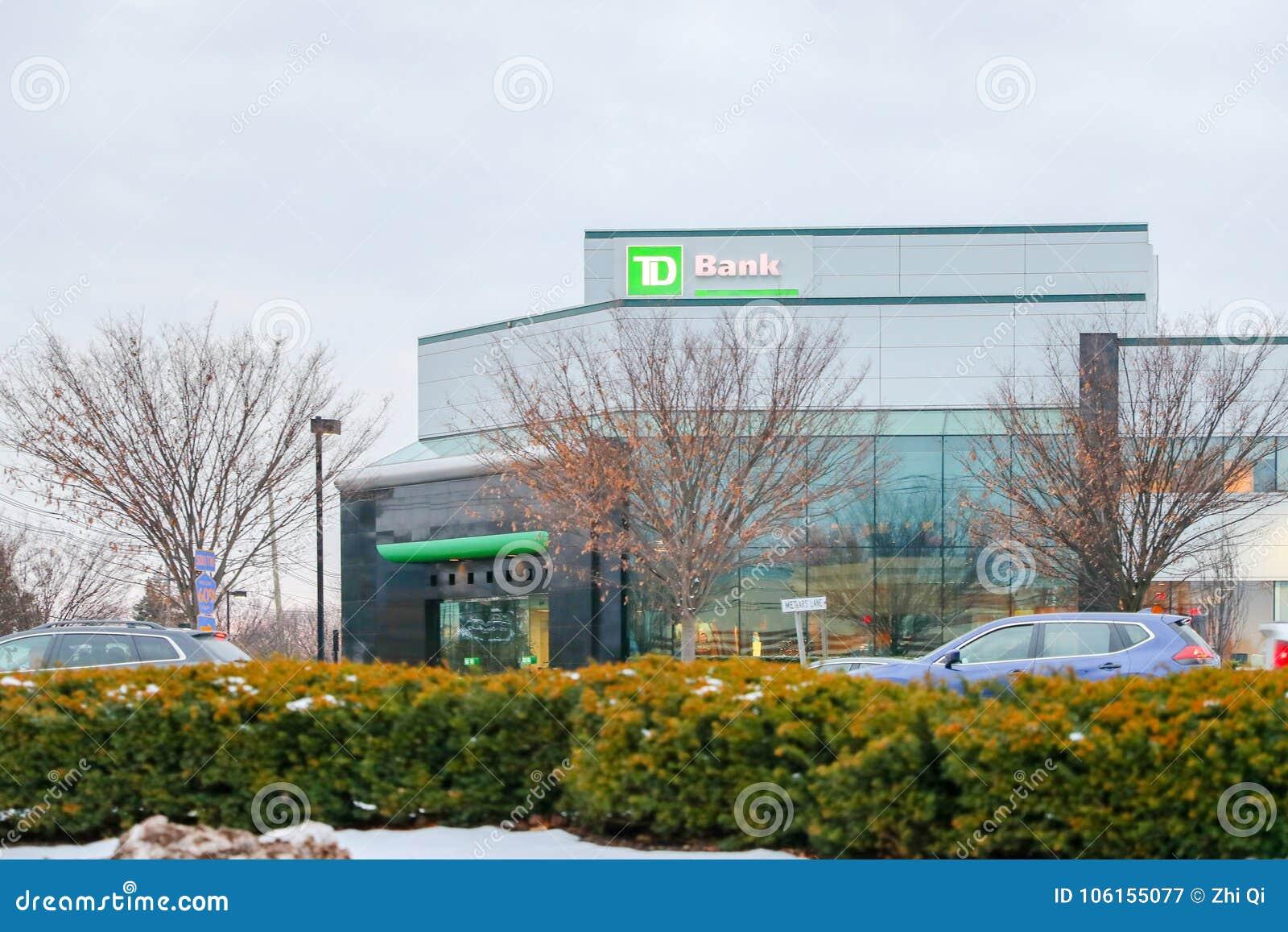 Εξωτερικό σημάδι τράπεζας του TD μια τοπ τράπεζα δέκα στη Βόρεια Αμερική
