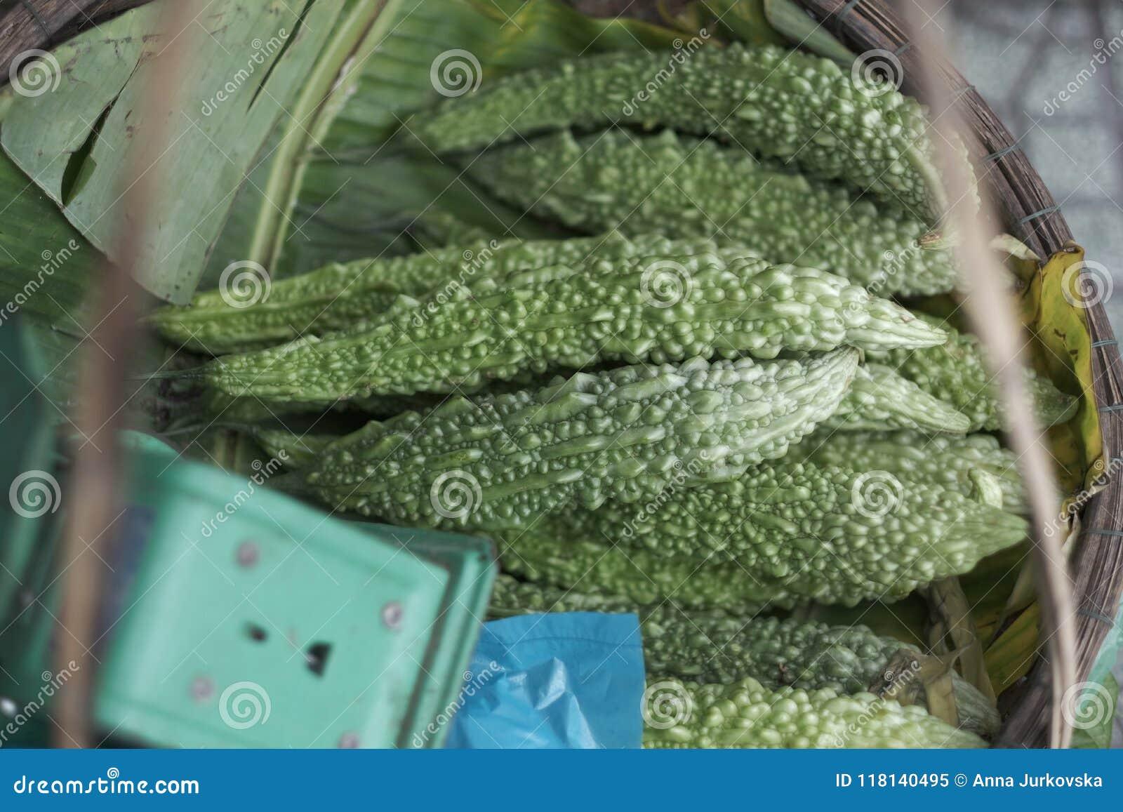 Εξωτικά φρούτα του πικρού κινεζικού πεπονιού