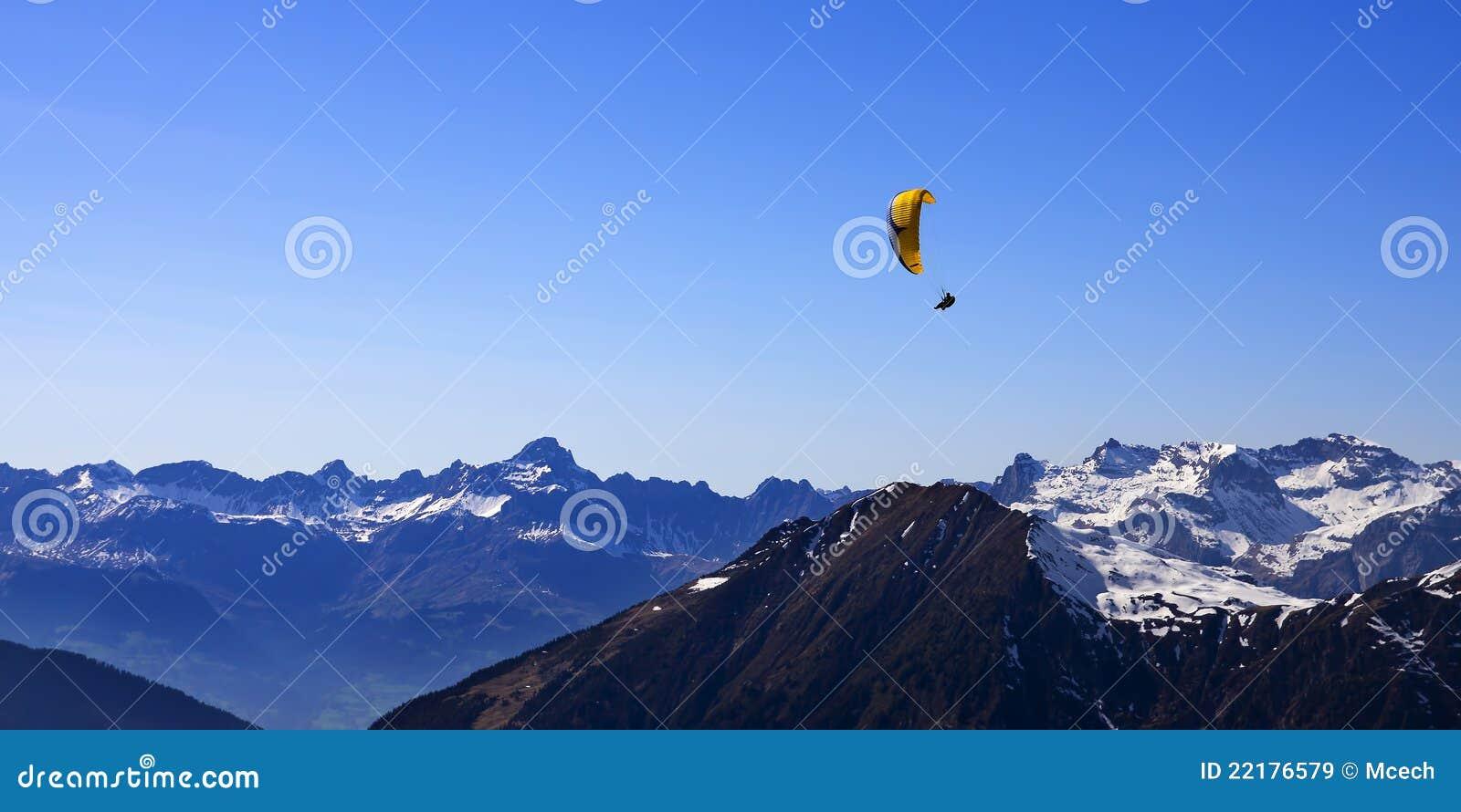 επάνω από το ανεμόπτερο βο&up
