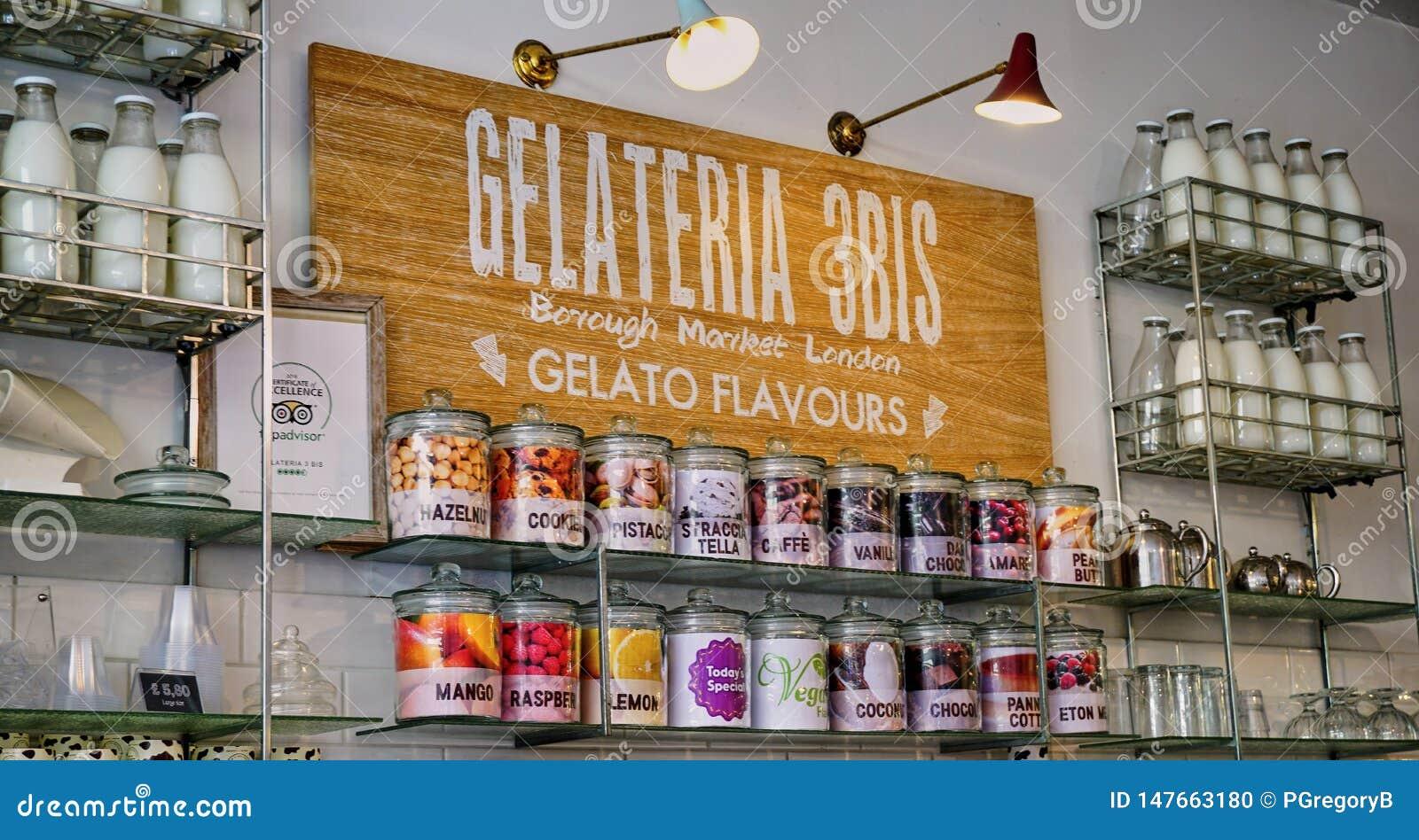 Επίδειξη καταστημάτων πρόσκλησης Gelato με τα αναδρομικά μπουκάλια γάλακτος