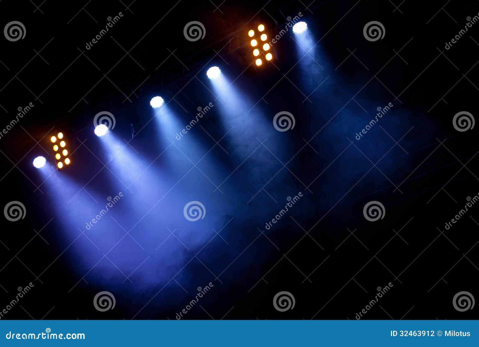 Επίκεντρα στη σκηνή ή τη συναυλία
