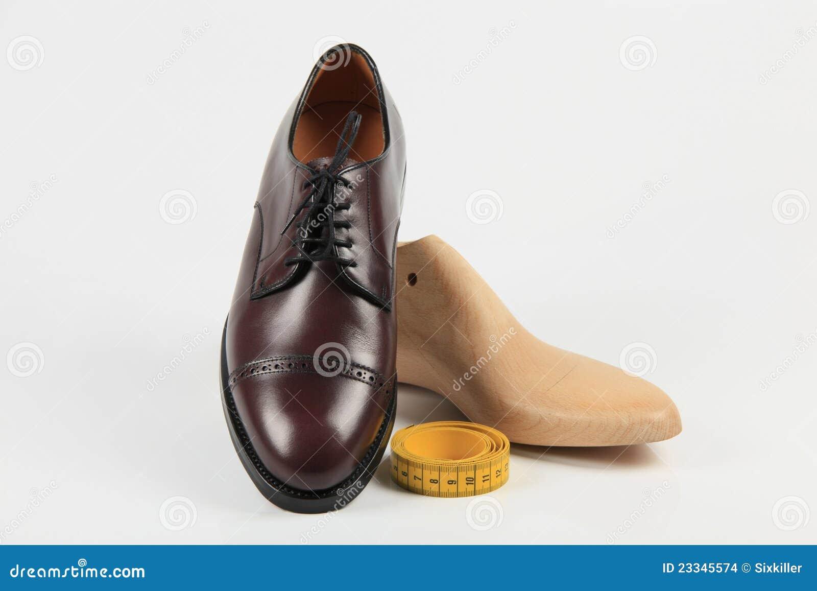 c47759b1bd0 επί παραγγελία παπούτσια στοκ εικόνες. εικόνα από διαρκέστε - 23345574