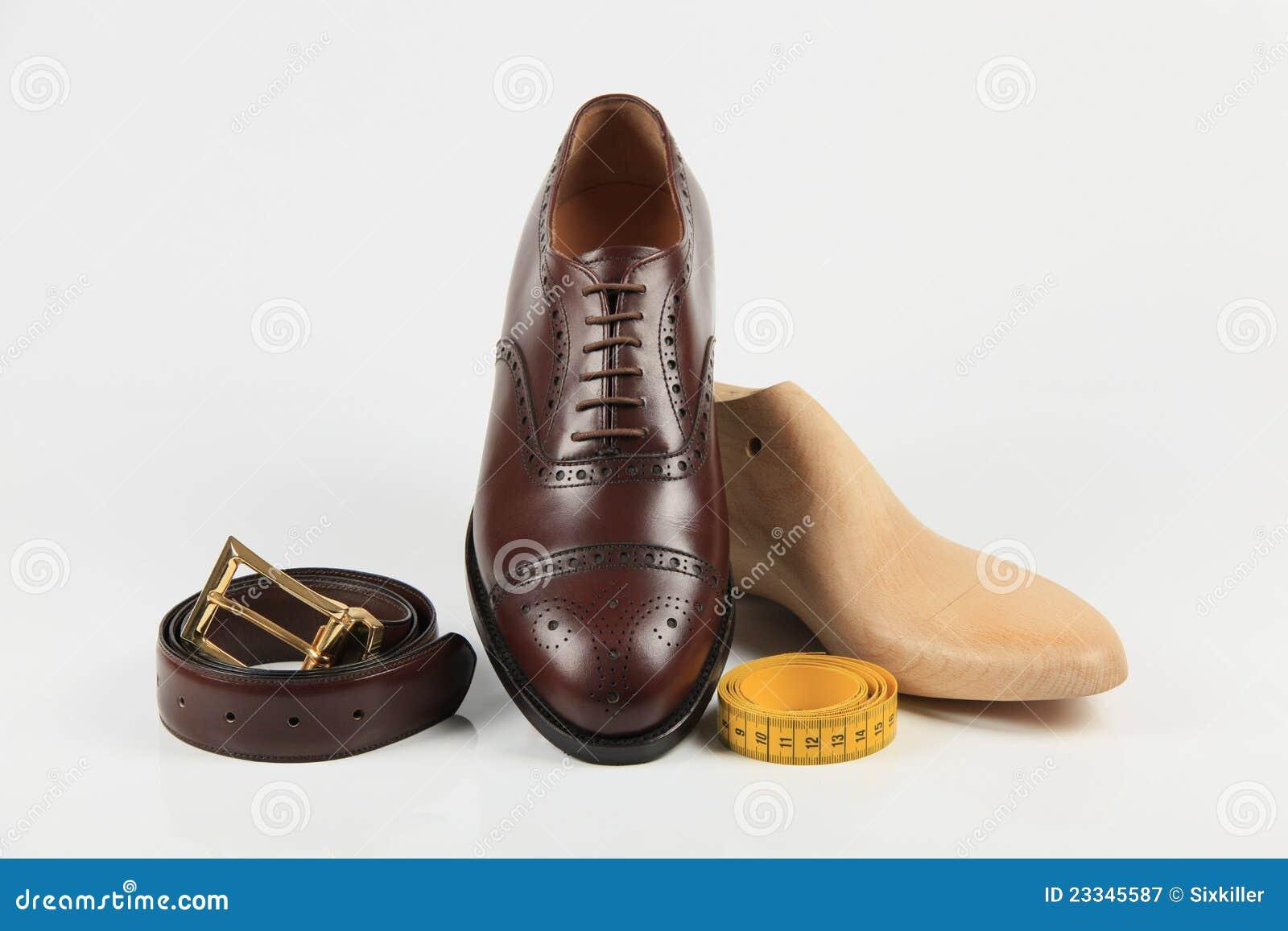 f041d0c4439 επί παραγγελία παπούτσια στοκ εικόνα. εικόνα από παπούτσι - 23345587