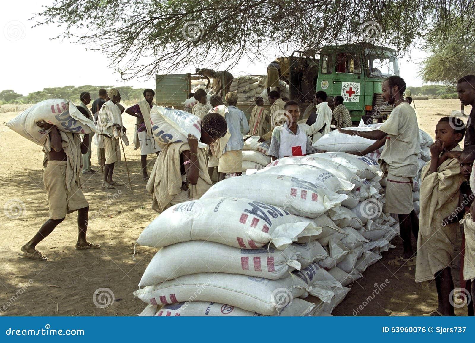 Επισιτιστική βοήθεια ανεφοδιασμού για μακρυά τους ανθρώπους, Ερυθρός Σταυρός, Αιθιοπία
