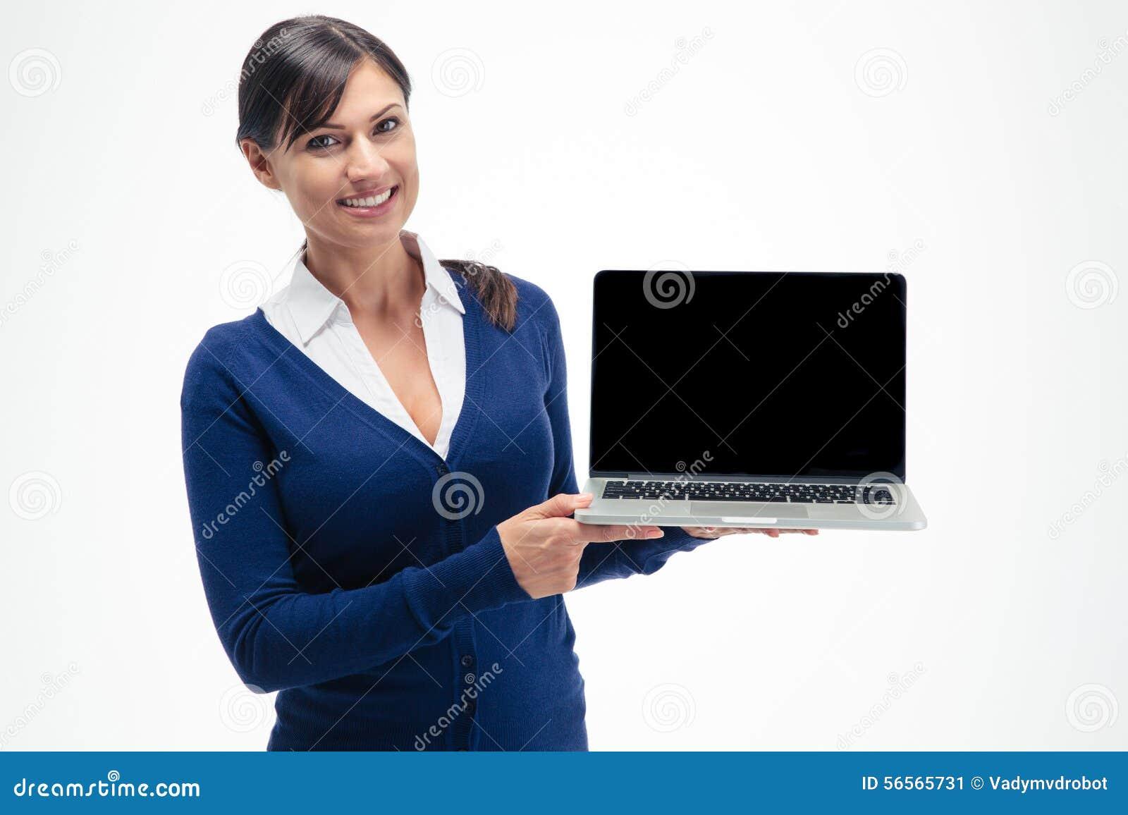 Download Επιχειρηματίας που παρουσιάζει κενή οθόνη φορητών προσωπικών υπολογιστών Στοκ Εικόνα - εικόνα από αντίγραφο, οριζόντιος: 56565731