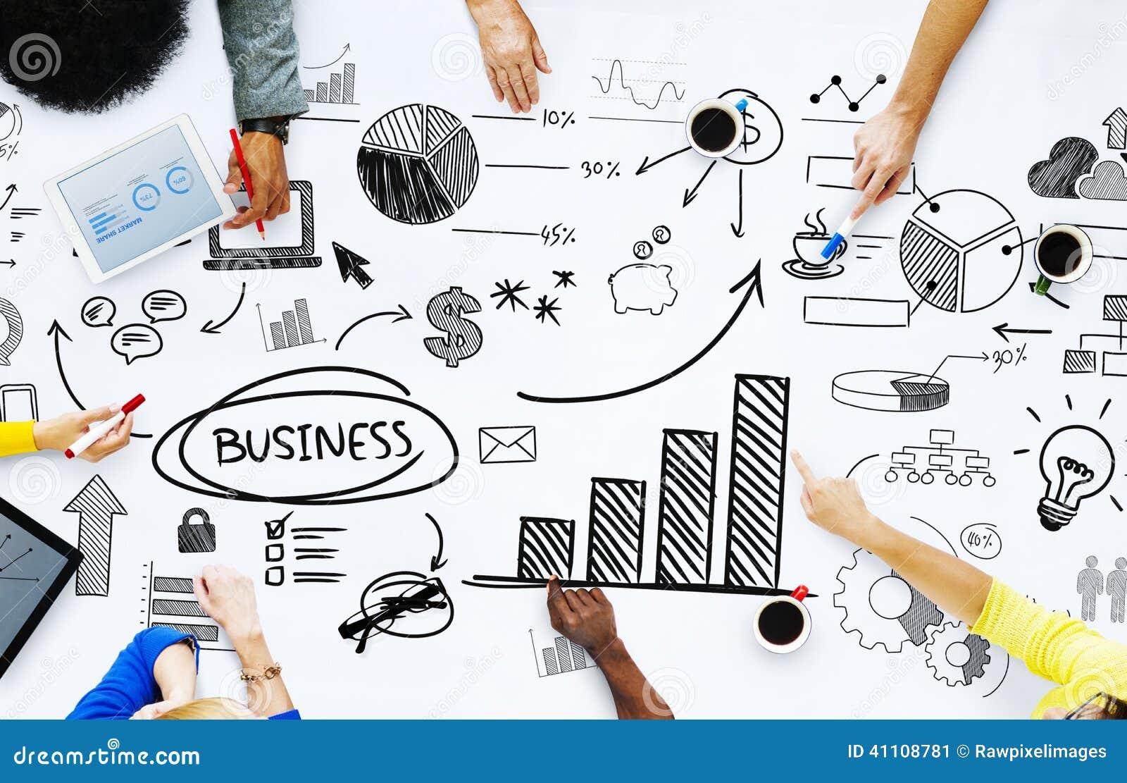 Επιχειρηματίες που εργάζονται με τα επιχειρησιακά ζητήματα
