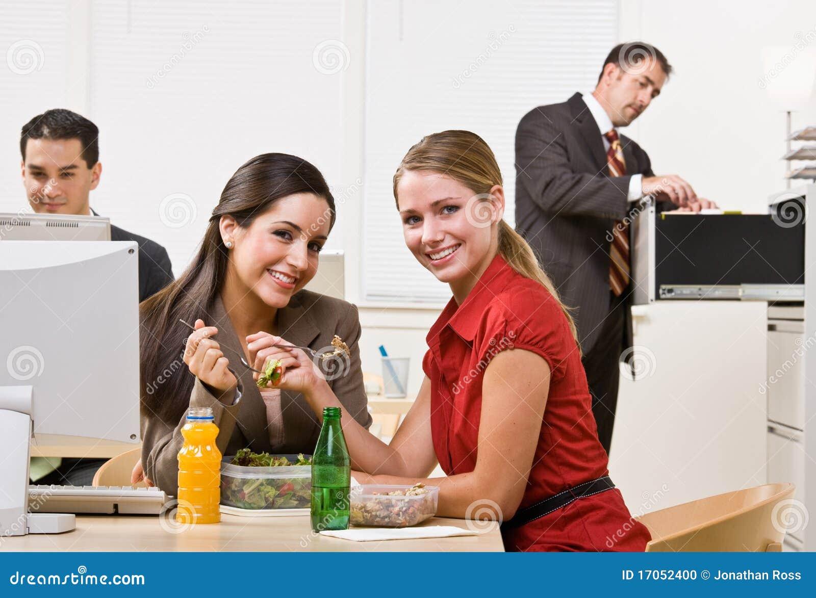 επιχειρηματίες που τρών&epsilon