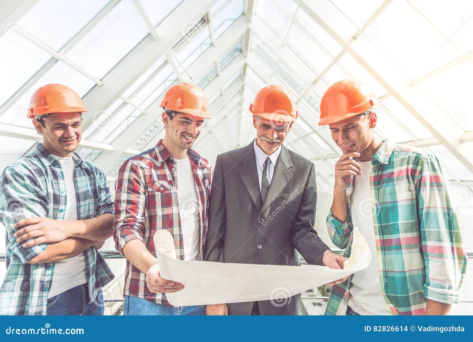 Εργαζόμενοι Οικοδομικής Βιομηχανίας