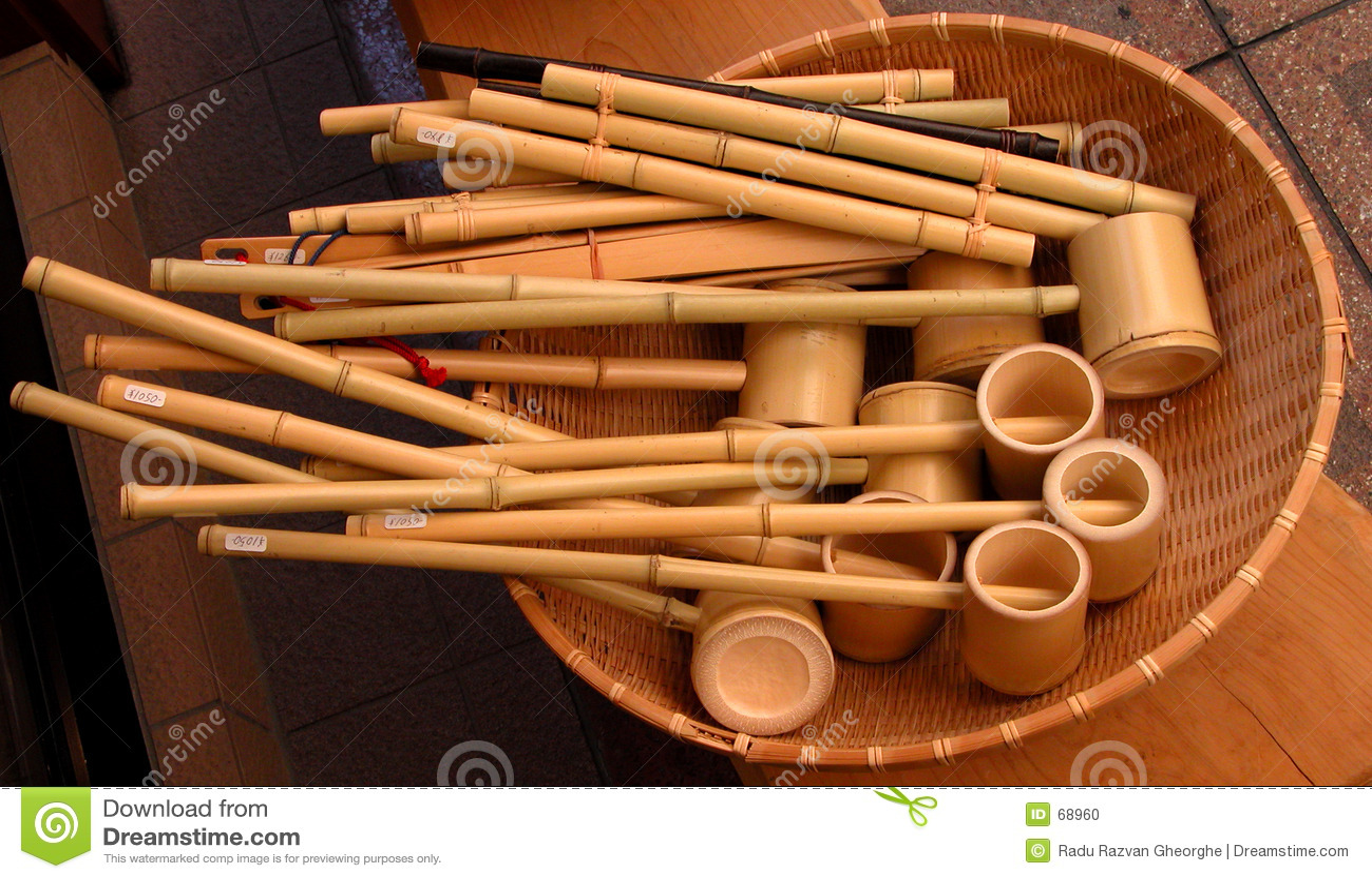 εργαλεία μπαμπού
