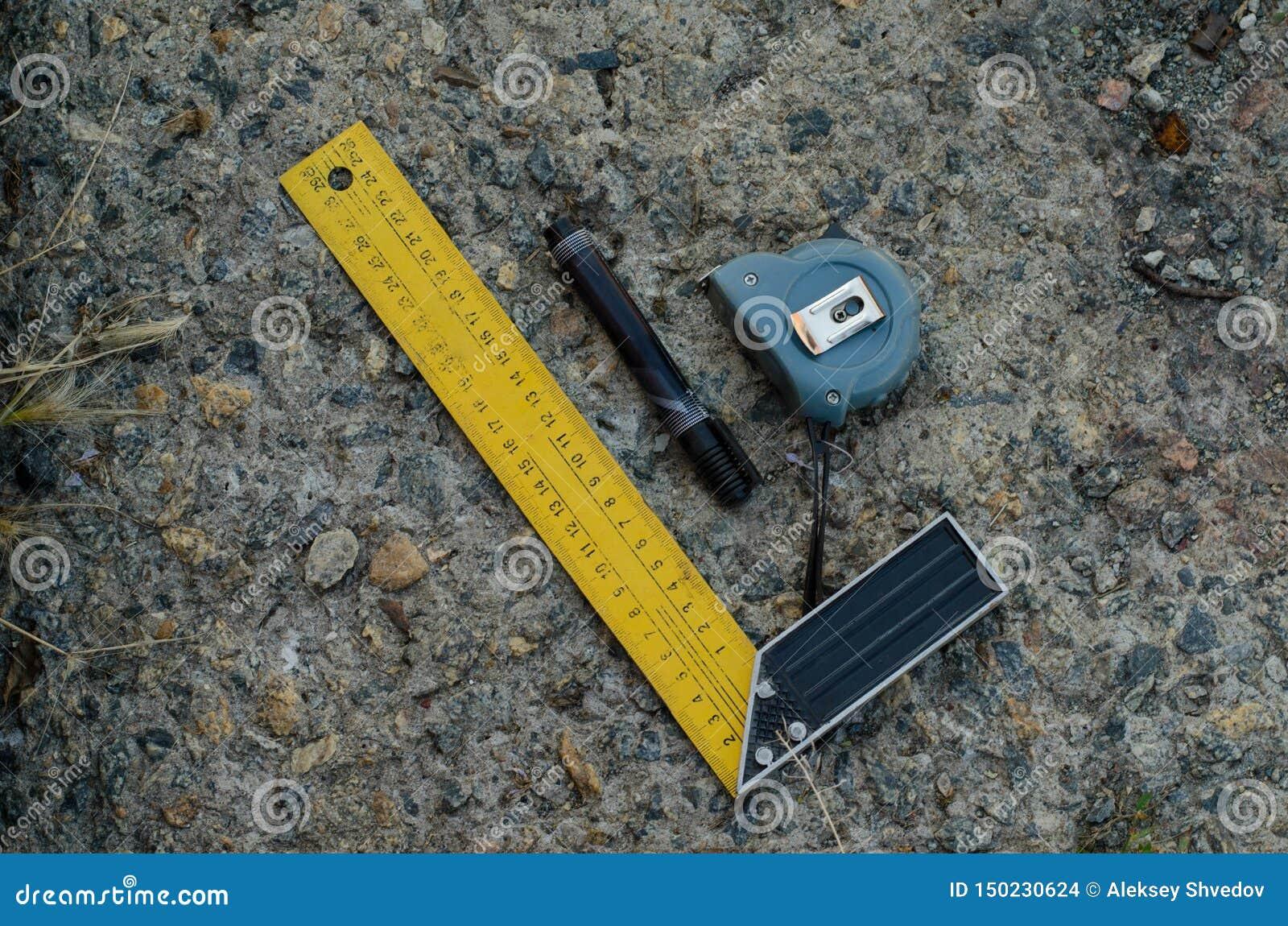 Εργαλείο μέτρησης μήκους Ευκολία για την εργασία με τις μετρήσεις