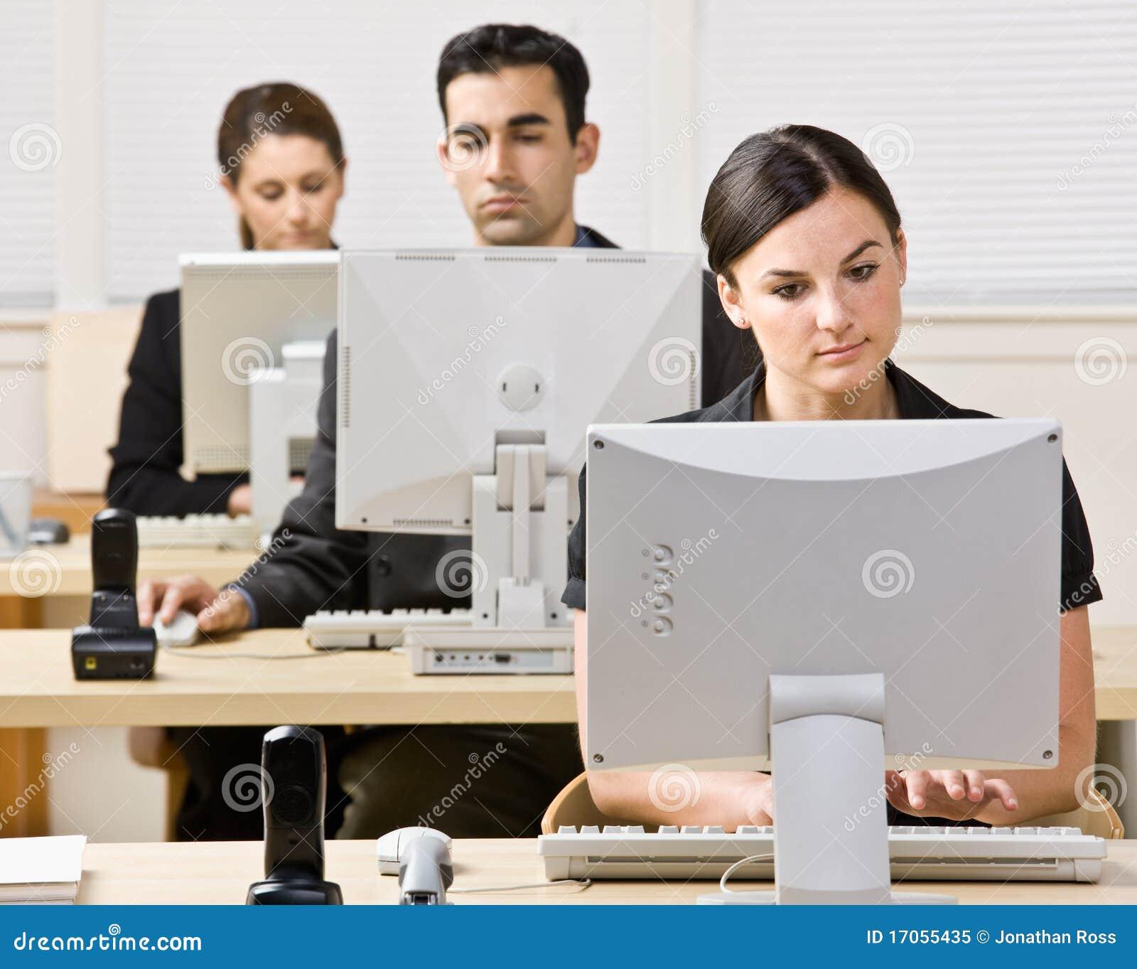 εργασία ανθρώπων επιχειρ&e