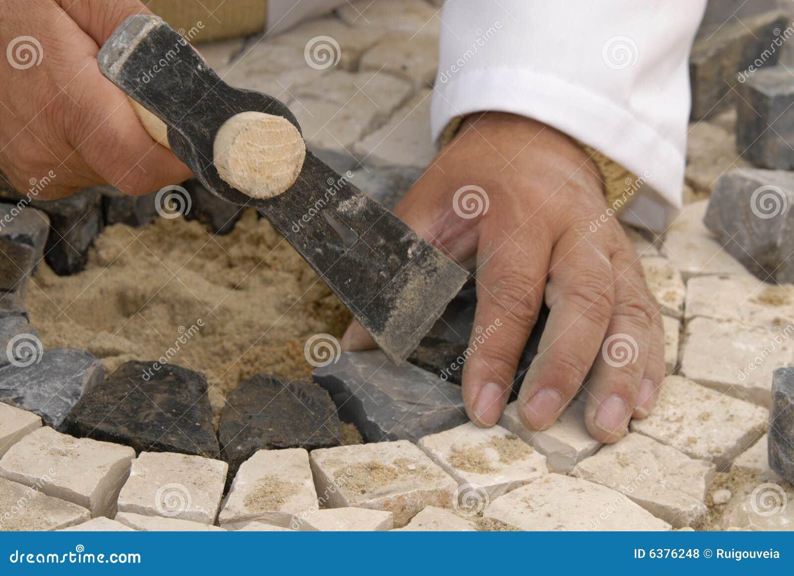 εργασία πετρών