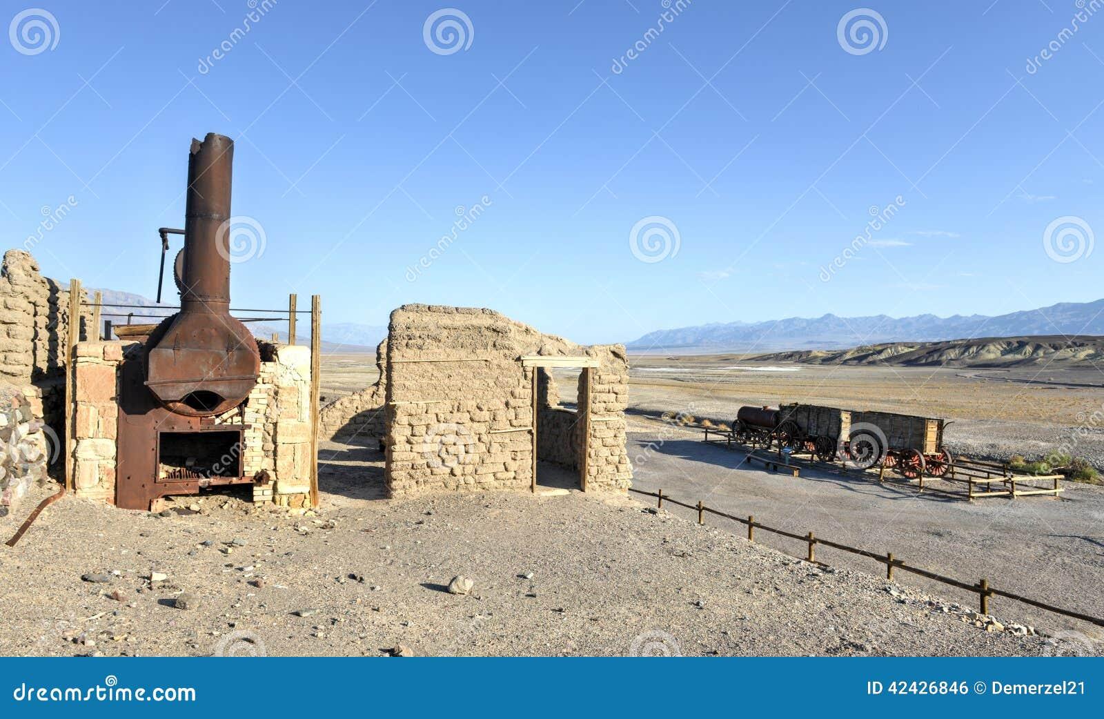 Εργοστάσια βόρακα αρμονίας, κοιλάδα θανάτου