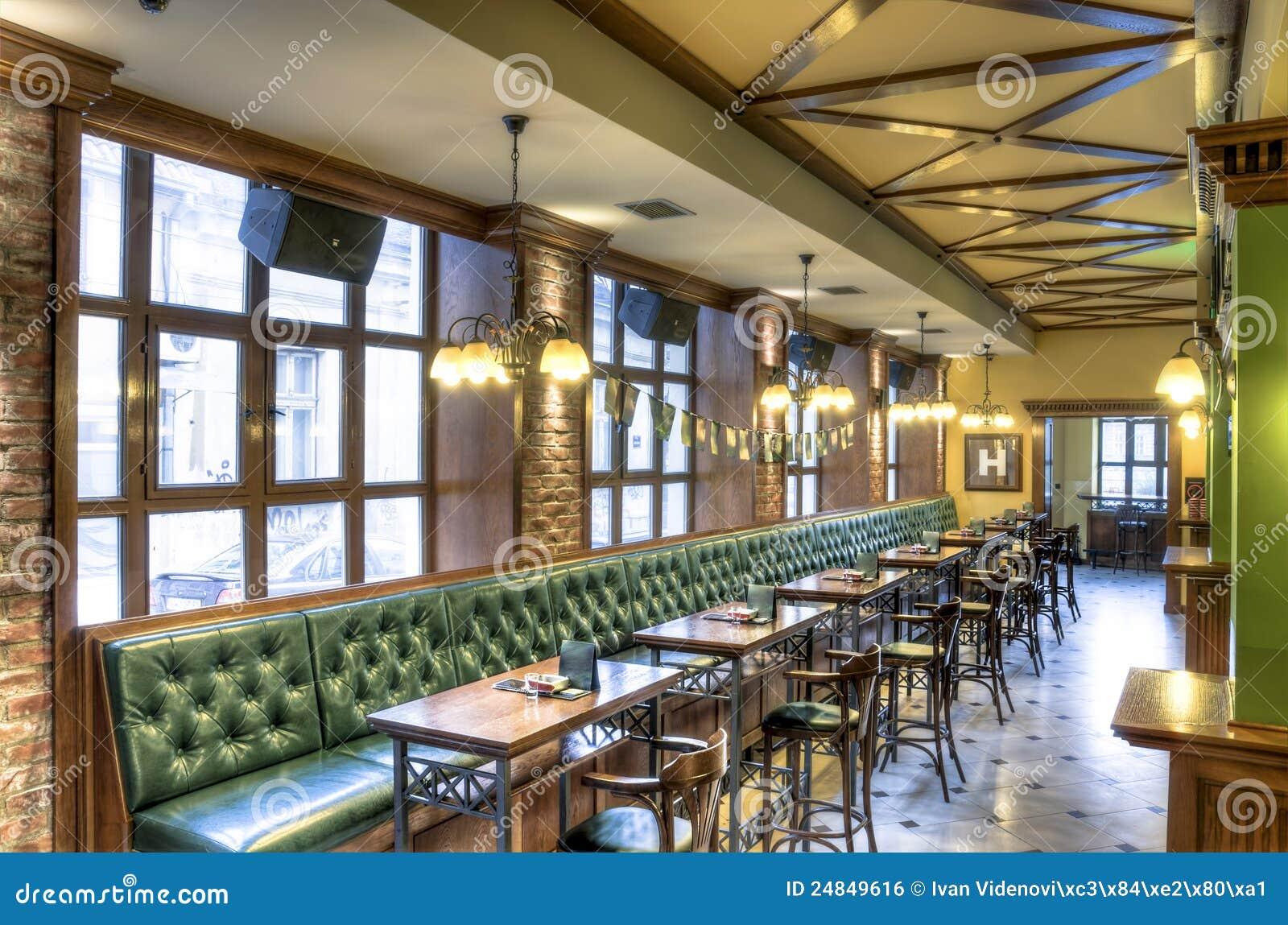 εσωτερικό μπαρ καφέ ράβδων