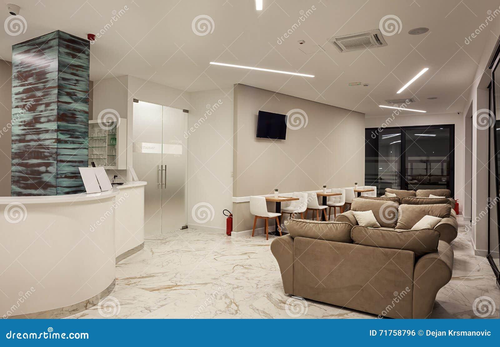 Εσωτερικό σύγχρονο σχέδιο ξενοδοχείων