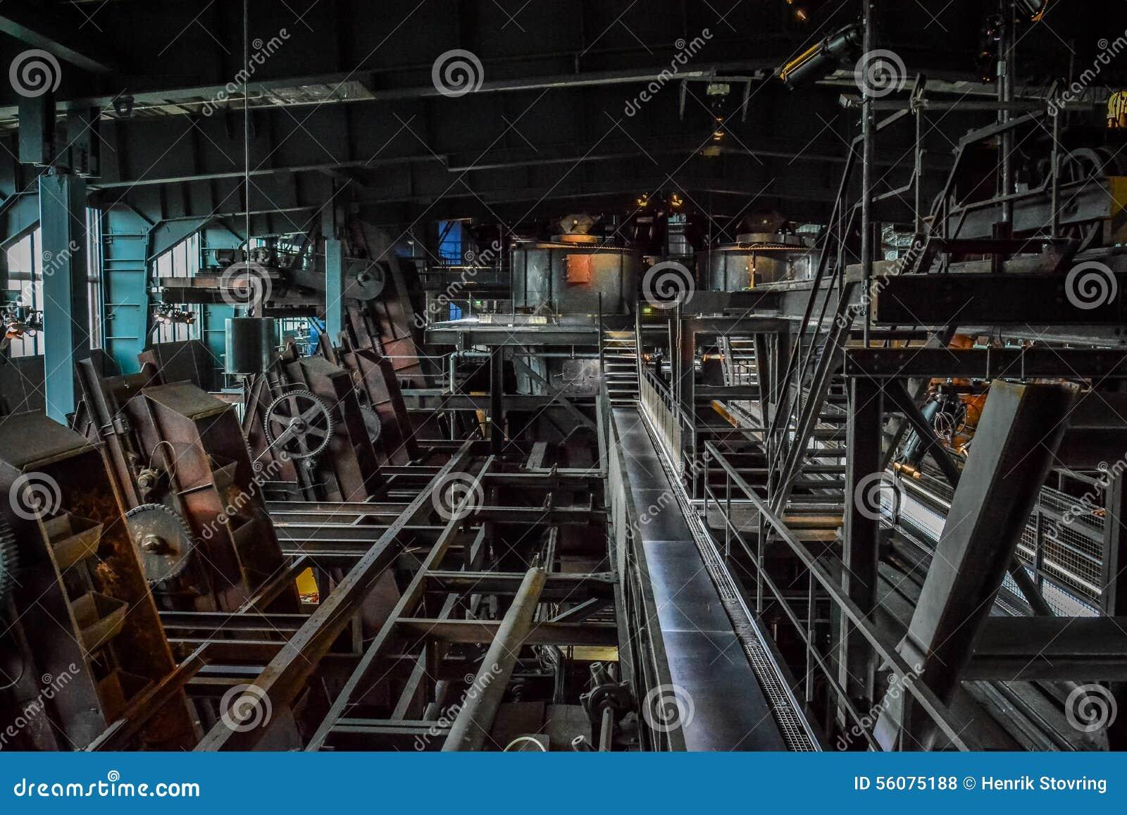 Εσωτερικό του παλαιού εργοστασίου (iv), μουσείο του Ρουρ, Γερμανία