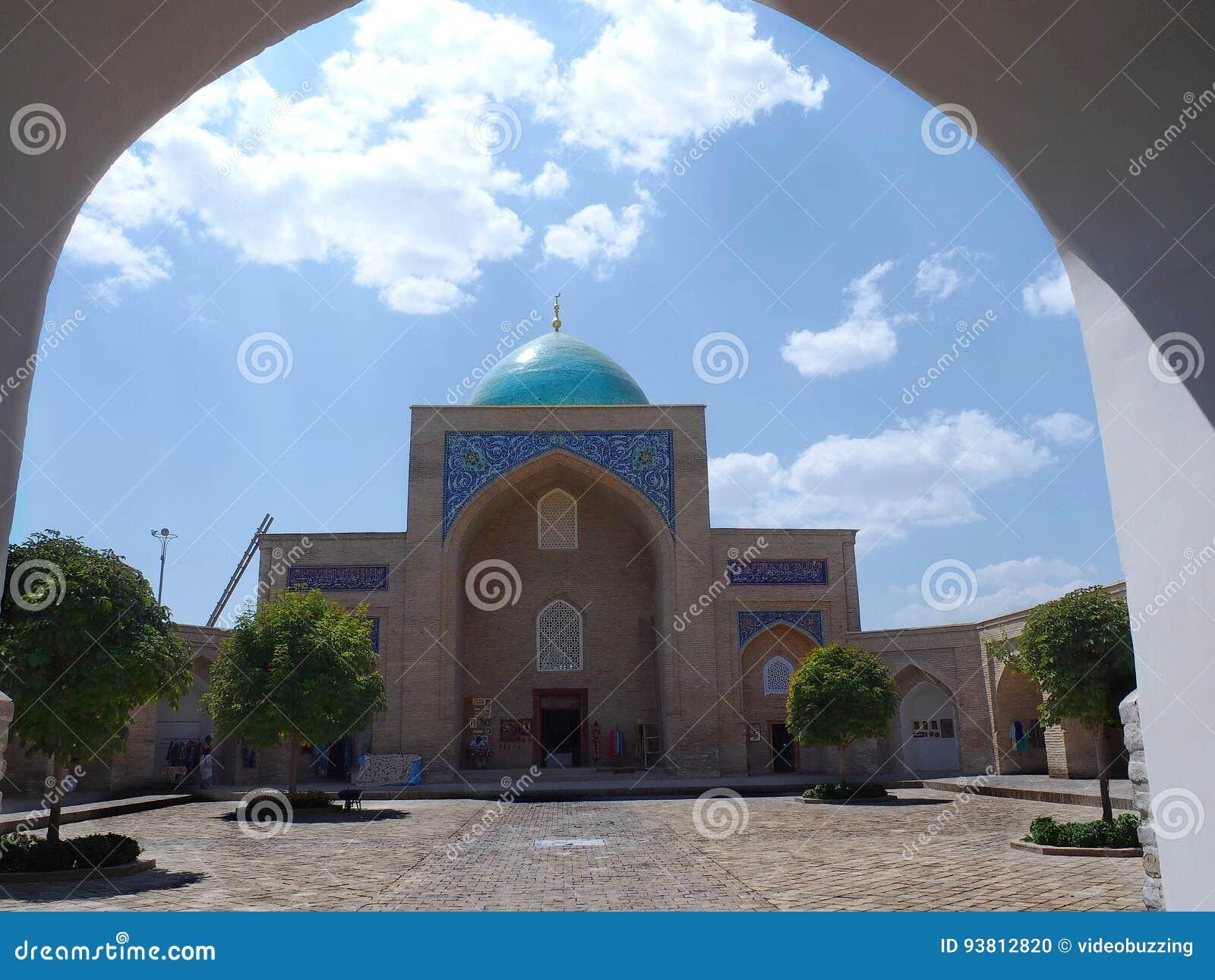 Εσωτερικό barak-Khan Madrasah στην Τασκένδη, Ουζμπεκιστάν