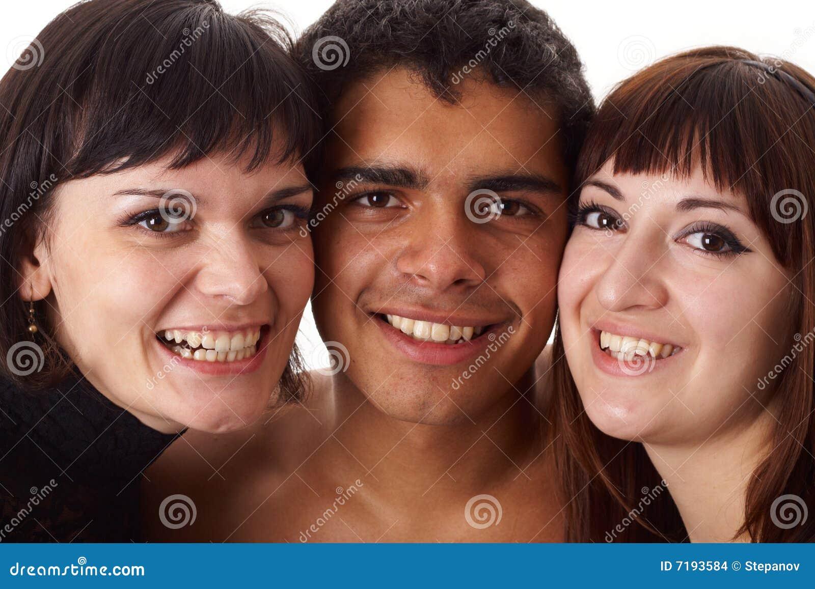ευτυχές πορτρέτο τρία φίλ&omega