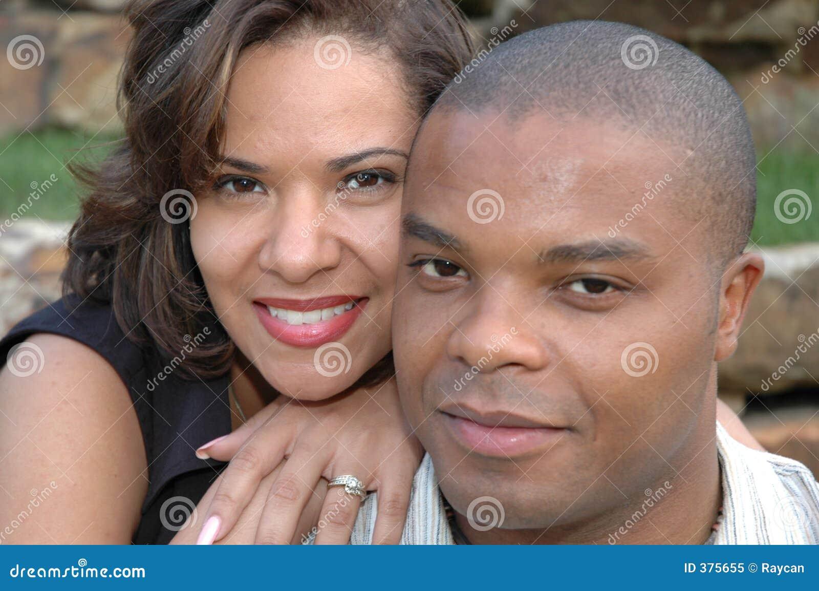ευτυχής ζευγών παντρεμένος