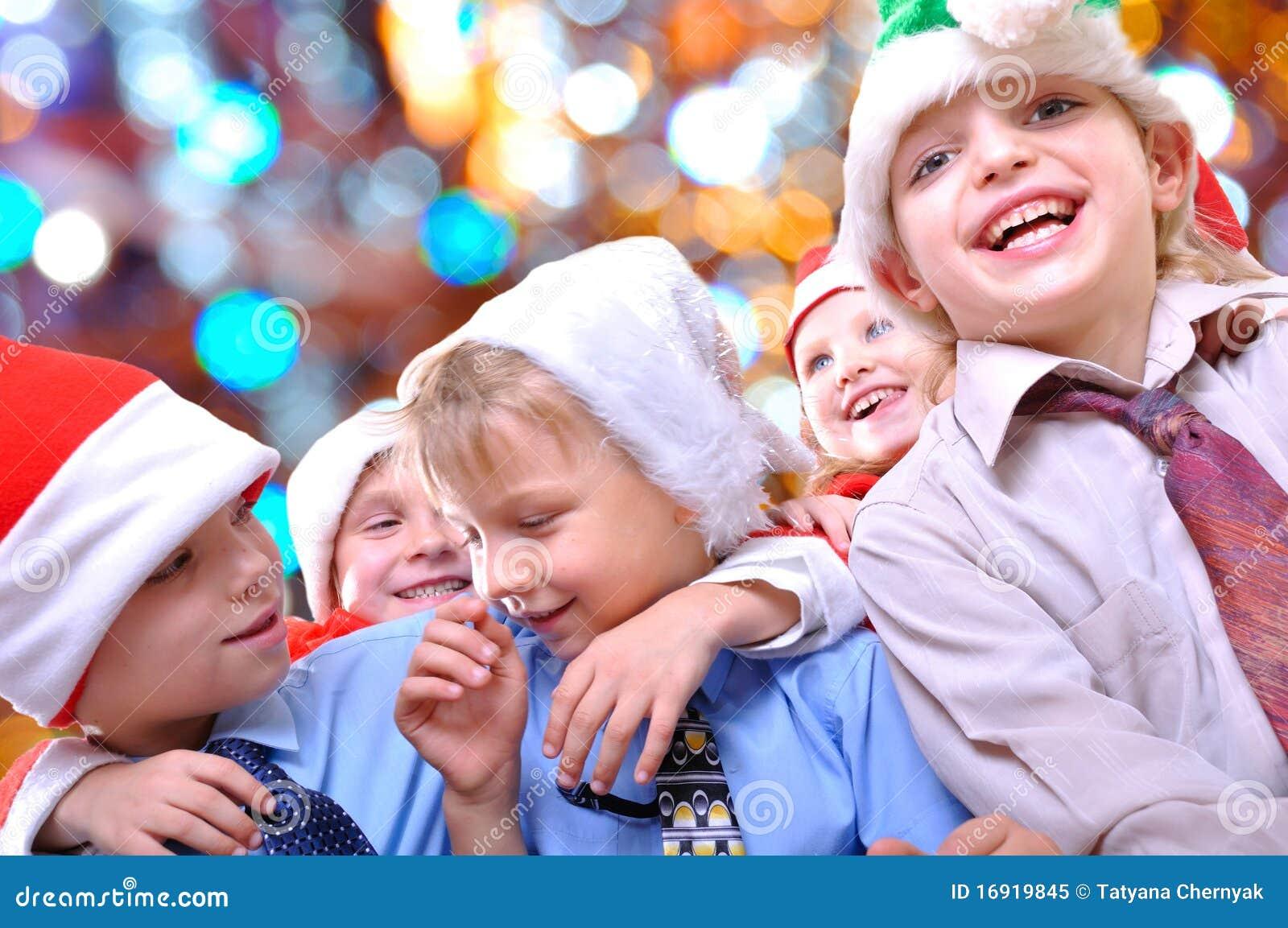 Ευτυχή κατσίκια Χριστουγέννων