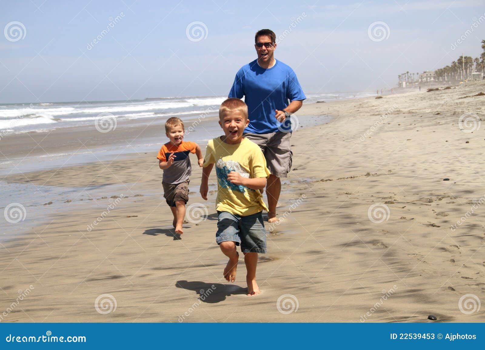 ευτυχείς γιοι πατέρων πα