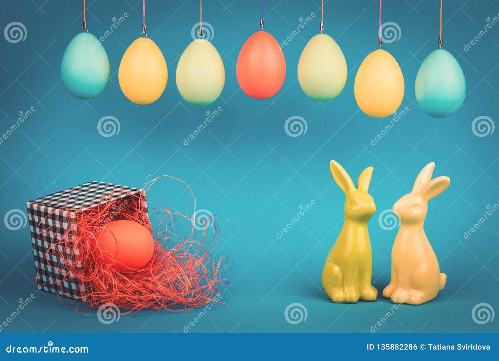 Ευχετήρια κάρτα Πάσχας με δύο λαγουδάκια
