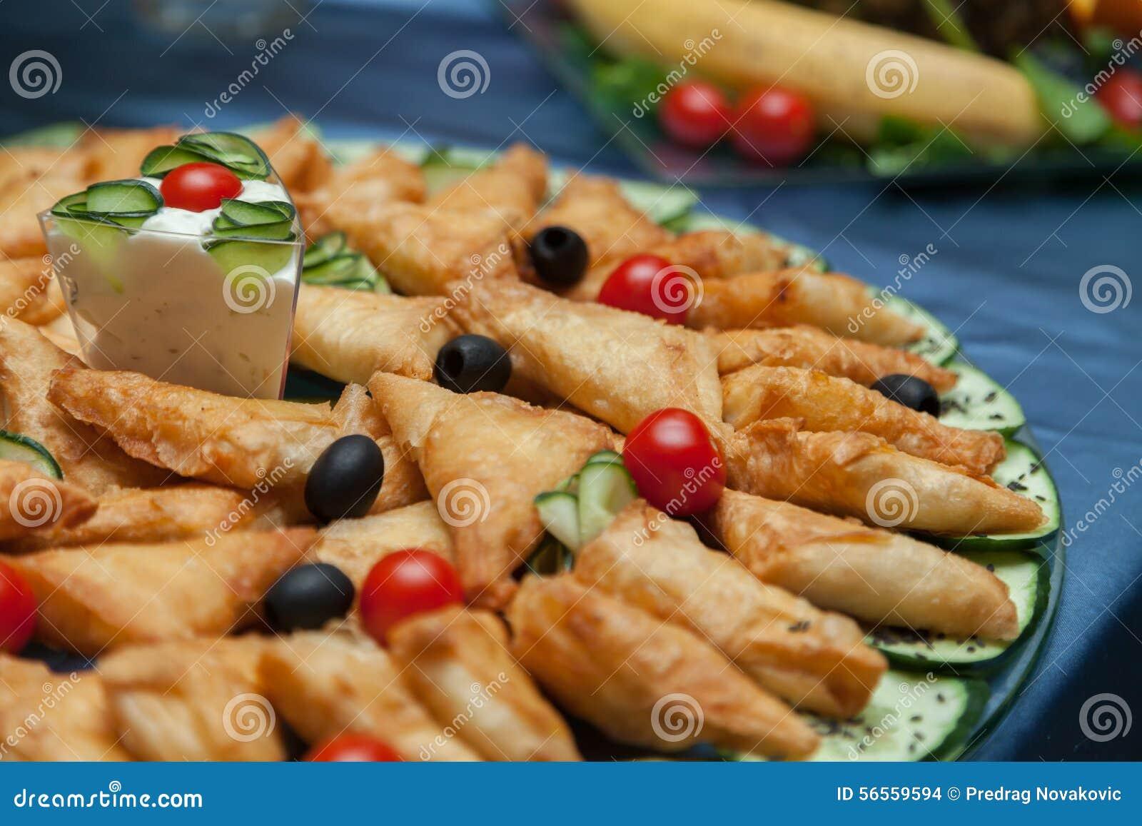 Download εύγευστα τρόφιμα στοκ εικόνες. εικόνα από εστίαση, διακοπές - 56559594