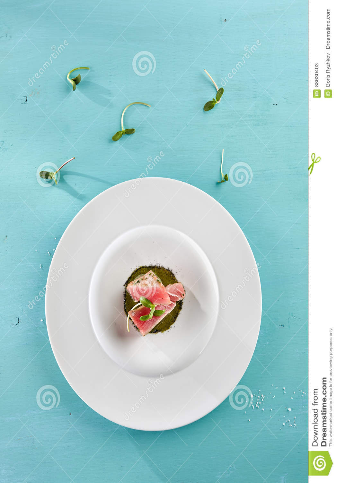 Εύγευστη τηγανισμένη λωρίδα τόνου